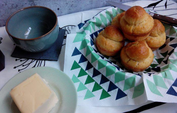 Wie lecker so ein französisches Frühstück mit Brioche & Butter sein kann