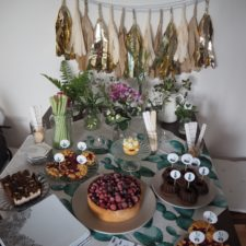 2016-07-summer-succulent-party-cake-recipe-blueberry (6)