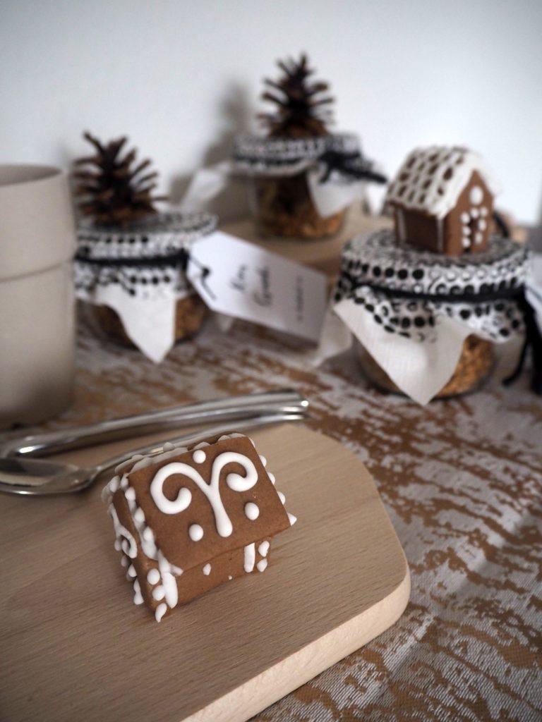 2016-12-skoen-och-kreativ-adventskalender-xmas-in-a-jar-22-xmas-granola-6