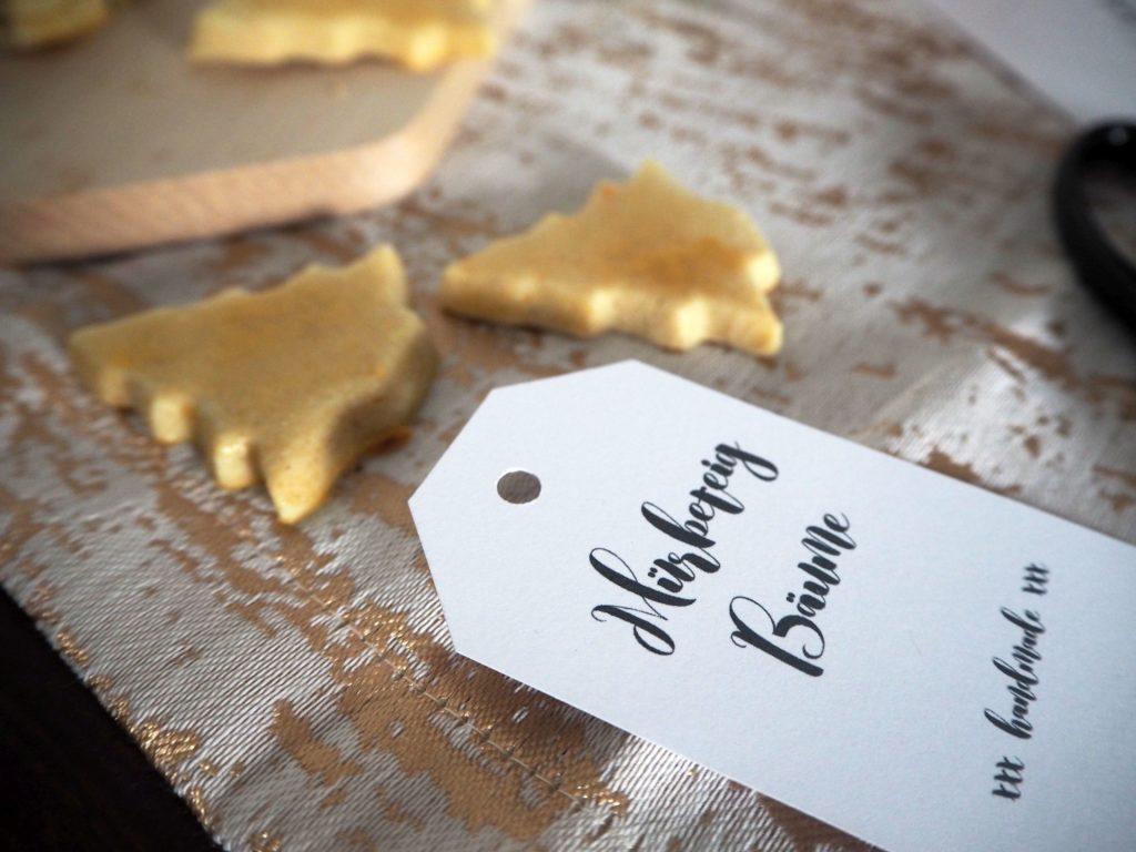 2016-12-skoen-och-kreativ-adventskalender-xmas-in-a-jar-9-cookies-muerbeteig-baeume-8
