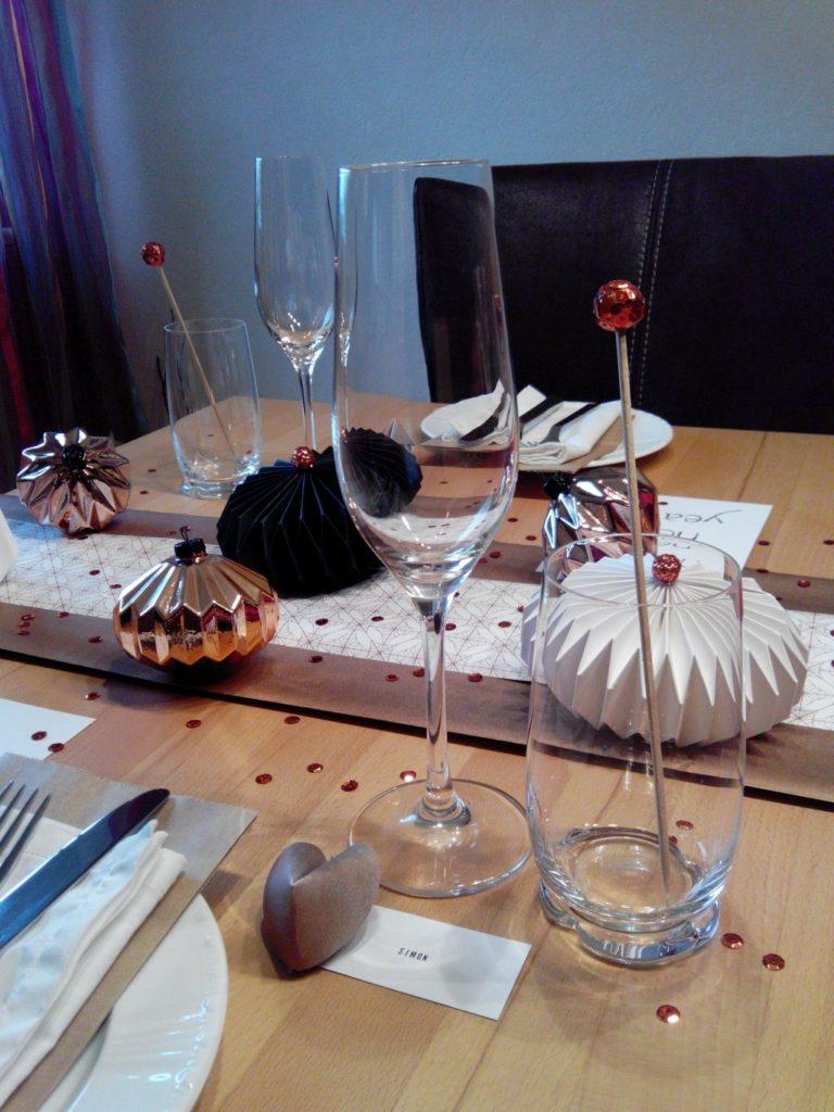 2016-12-skoen-och-kreativ-table-setting-tischdeko-glamourous-silvester-15