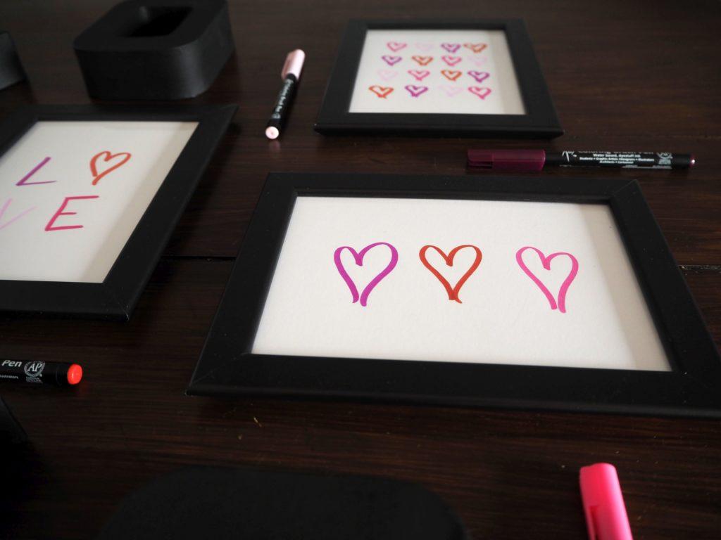 2017-skoen-och-kreativ-valentinstag-wandgestaltung-love-in-frames-brushpen (2)