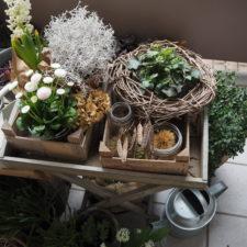 2017-03-skoen-och-kreativ-fruehlingsdeko-balkon-welcome-spring (11)