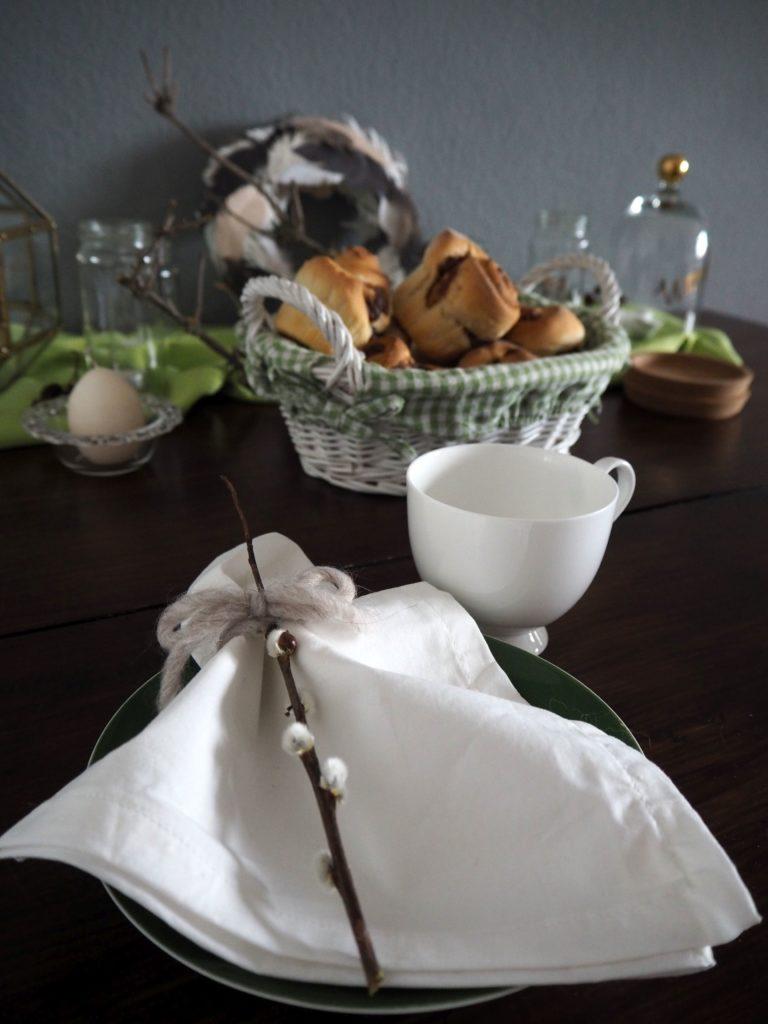 2017-03-skoen-och-kreativ-ostern-fruehstuecksschnecken-mit-nougatcreme (7)