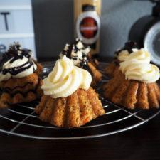 2017-04-skoen-och-kreativ-osterfreude-ruebli-cupcakes-eierlikoer-frosting (10)