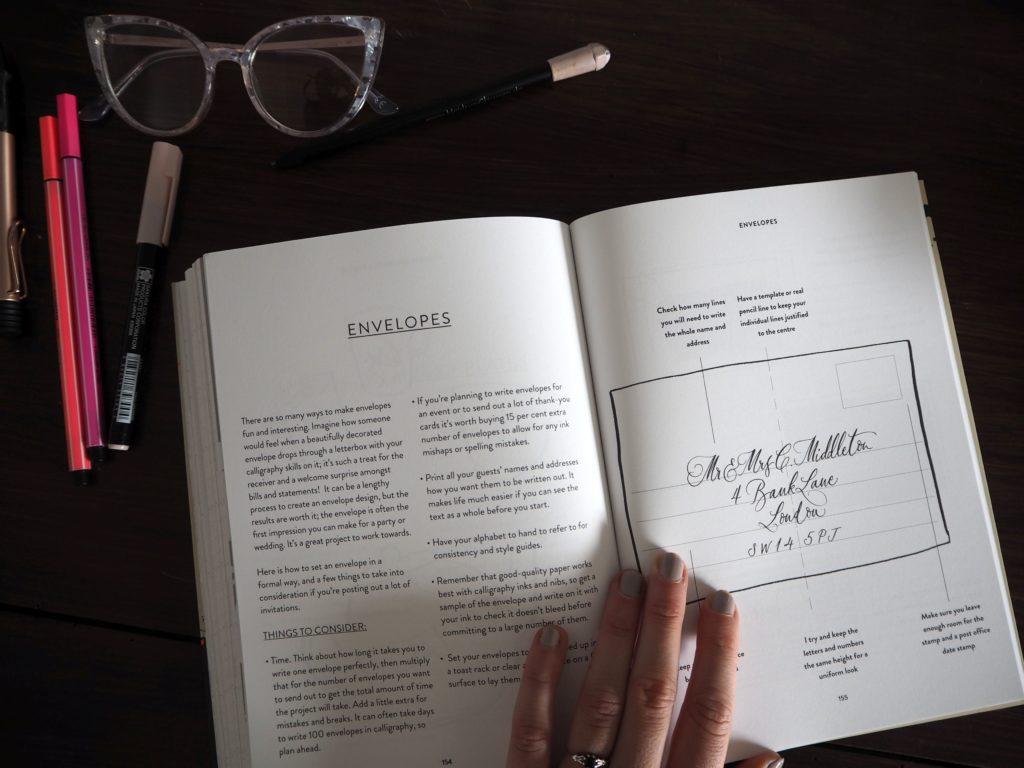 2017-07-skoen-och-kreativ-sonntagslektuere-juli-nib-ink-calligraphy-lettering (16)