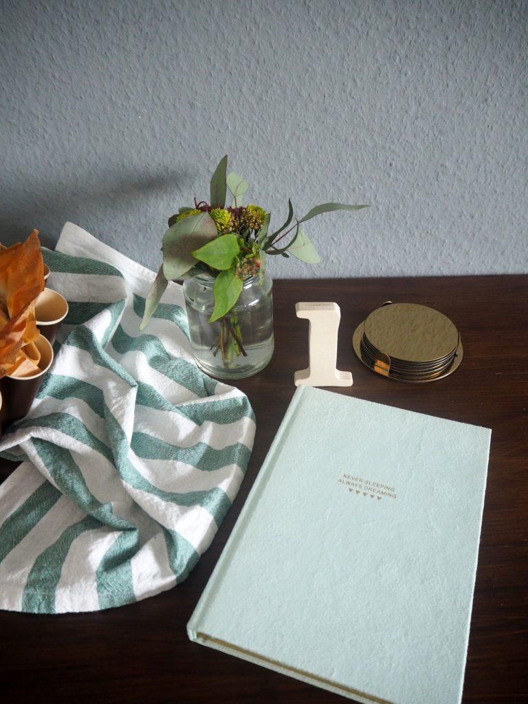 2017-10-skoen-och-kreativ-food-filo-streusel-tarte-mit-apfel-und-birne (3)