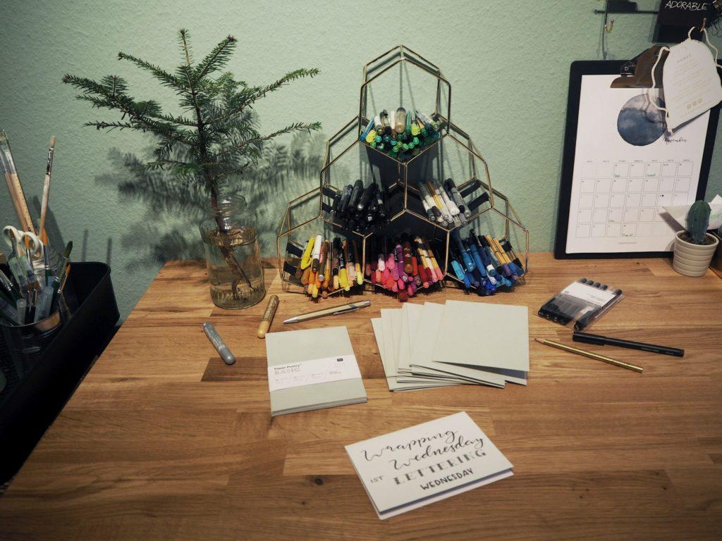 2017-11-skoen-och-kreativ-diy-wrapping-wednesday-lettering-fuer-weihnachtskarten (2)