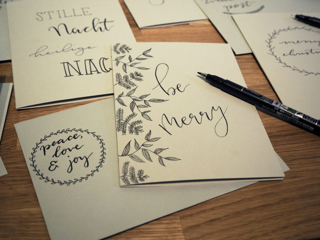 2017-11-skoen-och-kreativ-diy-wrapping-wednesday-lettering-fuer-weihnachtskarten (20)