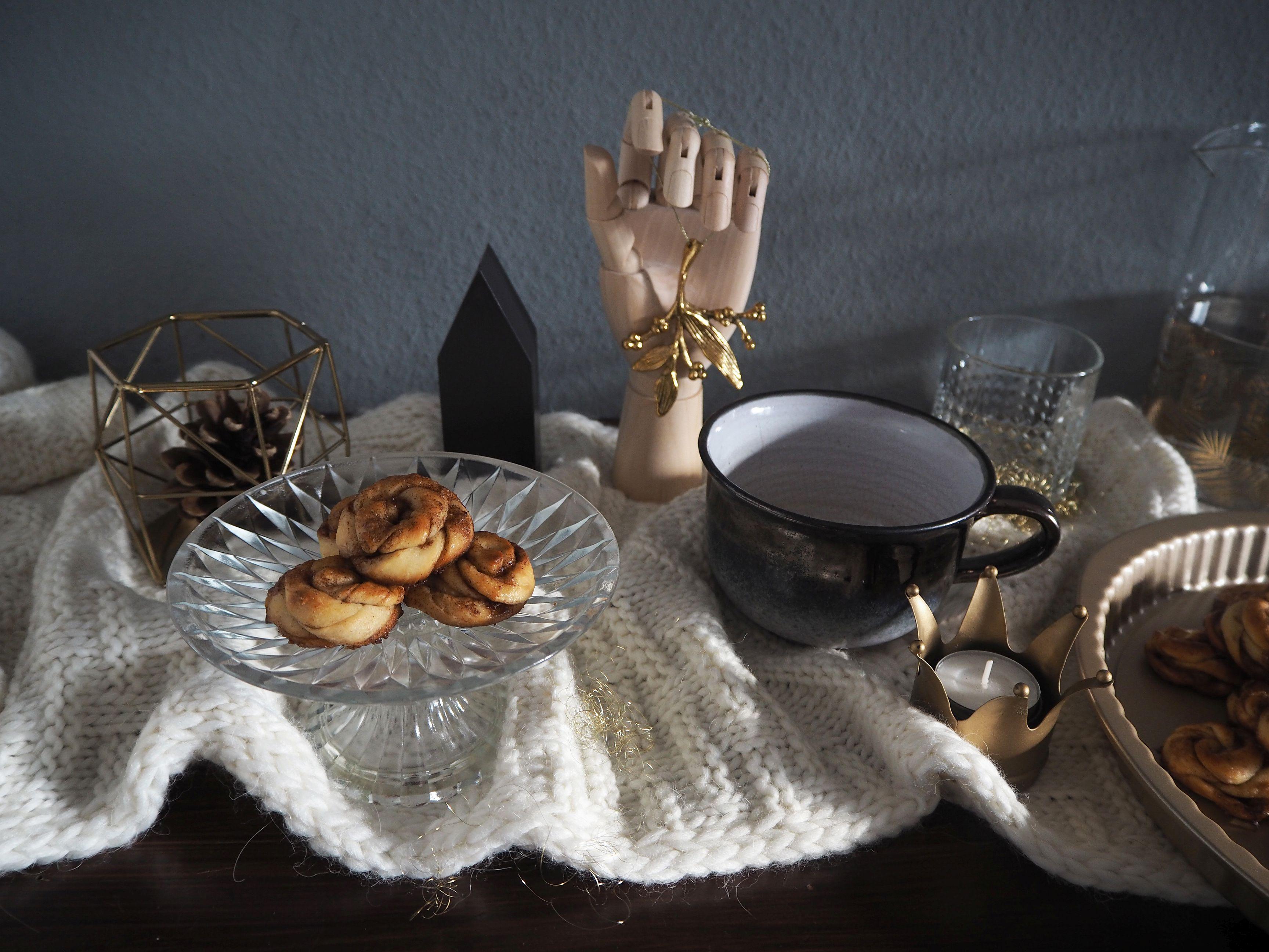 2017-12-skoen-och-kreativ-adventskalender-cookie-cake-love-mini-kanelbullar (6)