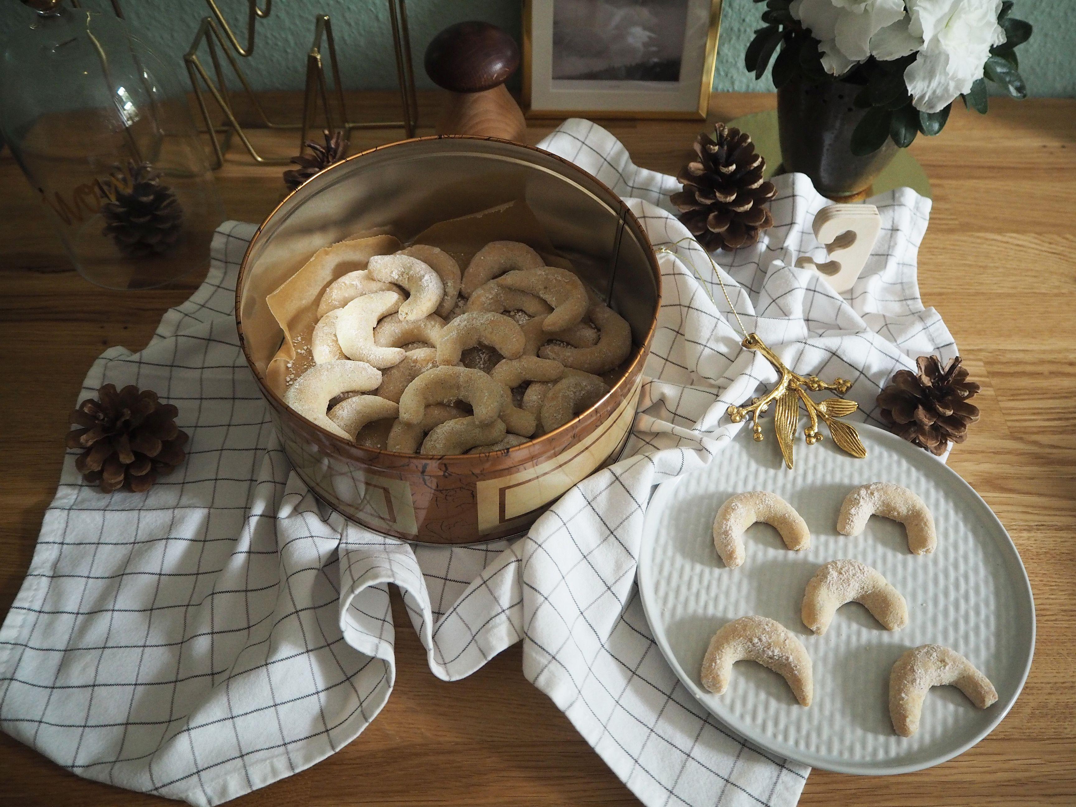 2017-12-skoen-och-kreativ-cookie-cake-love-chai-kipferl (4)
