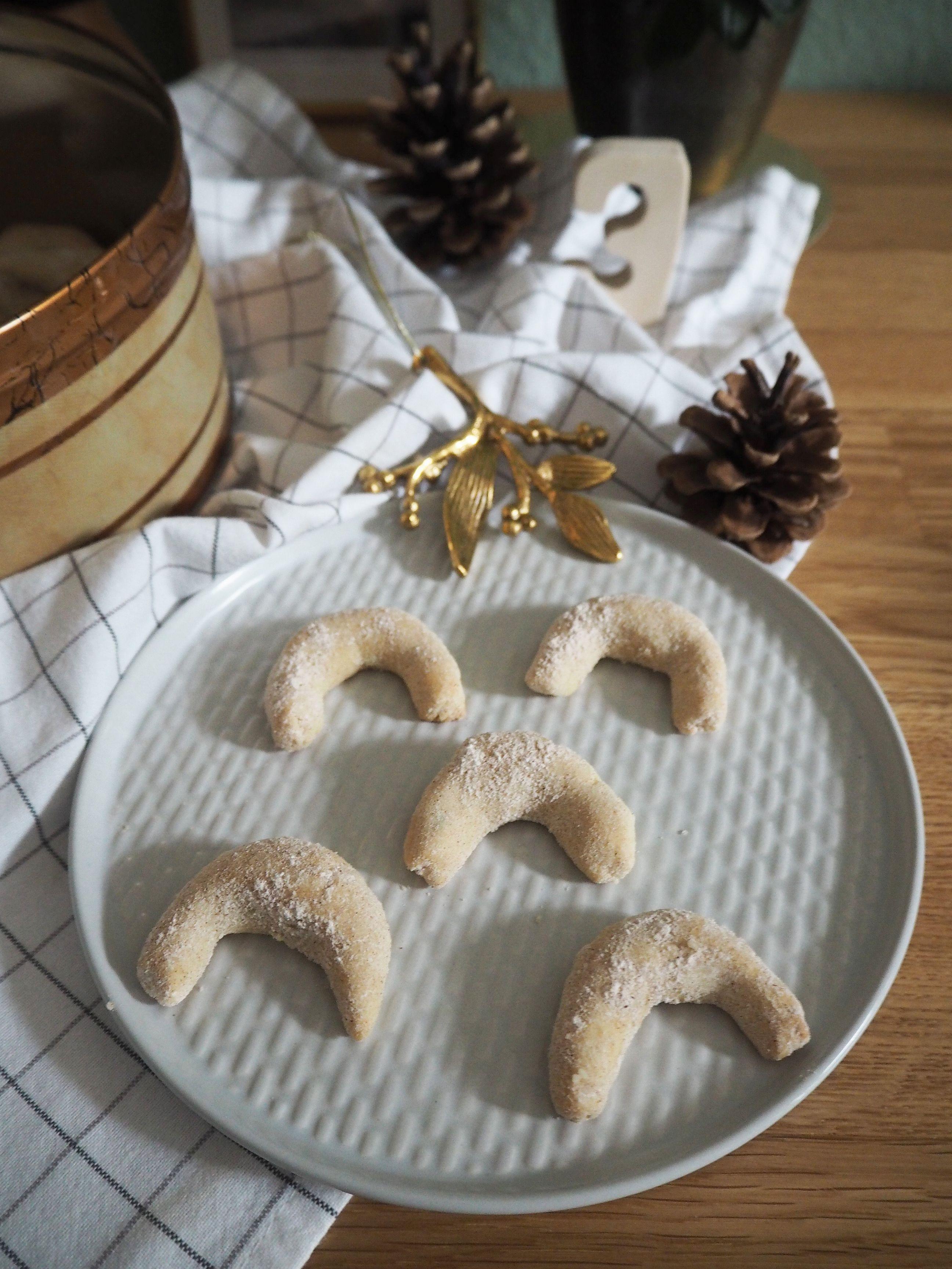 2017-12-skoen-och-kreativ-cookie-cake-love-chai-kipferl (6)