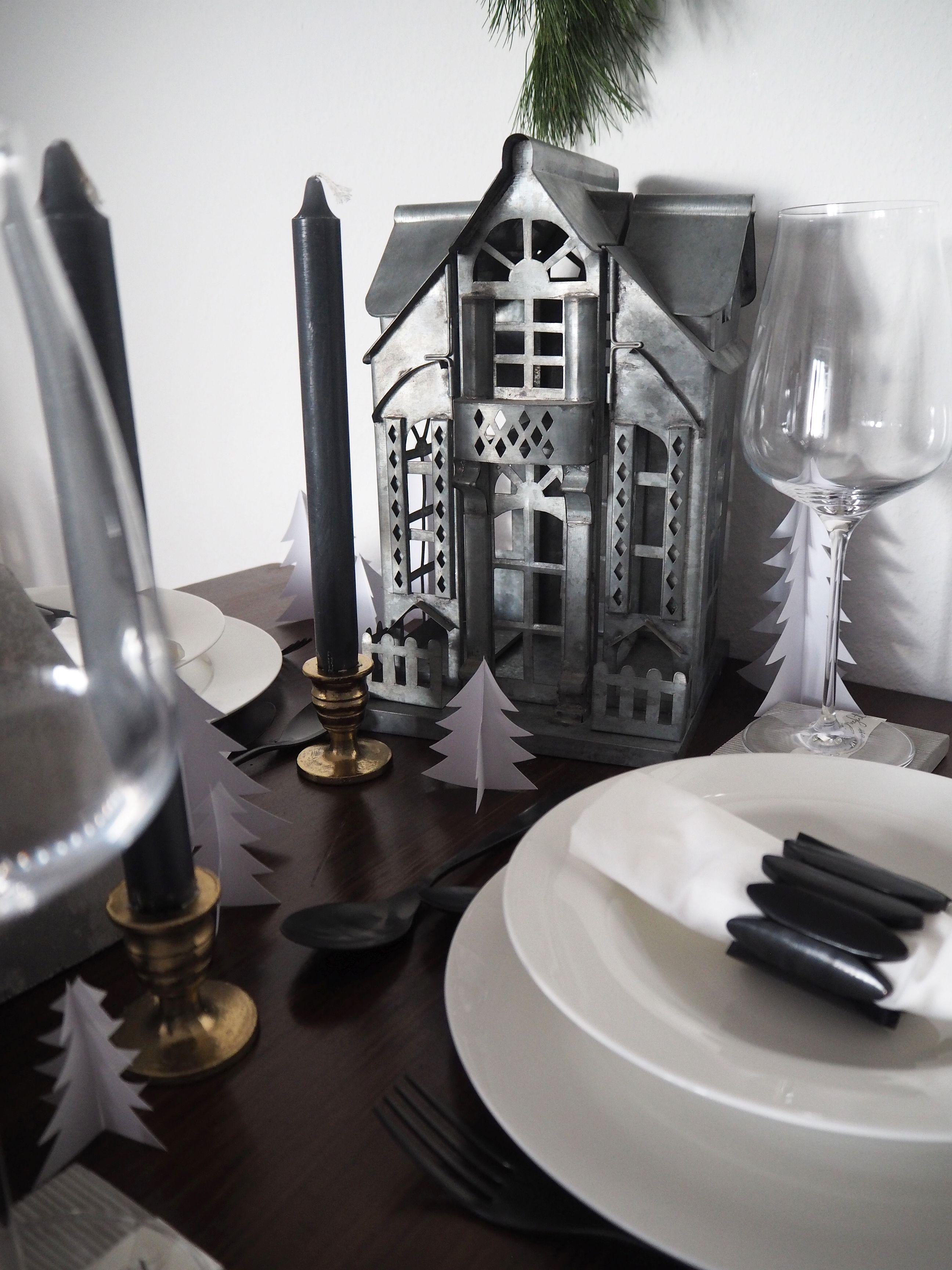 2017-12-skoen-och-kreativ-interior-tischdeko-weihnachtliche-winterlandschaft-tisch-grau (14)