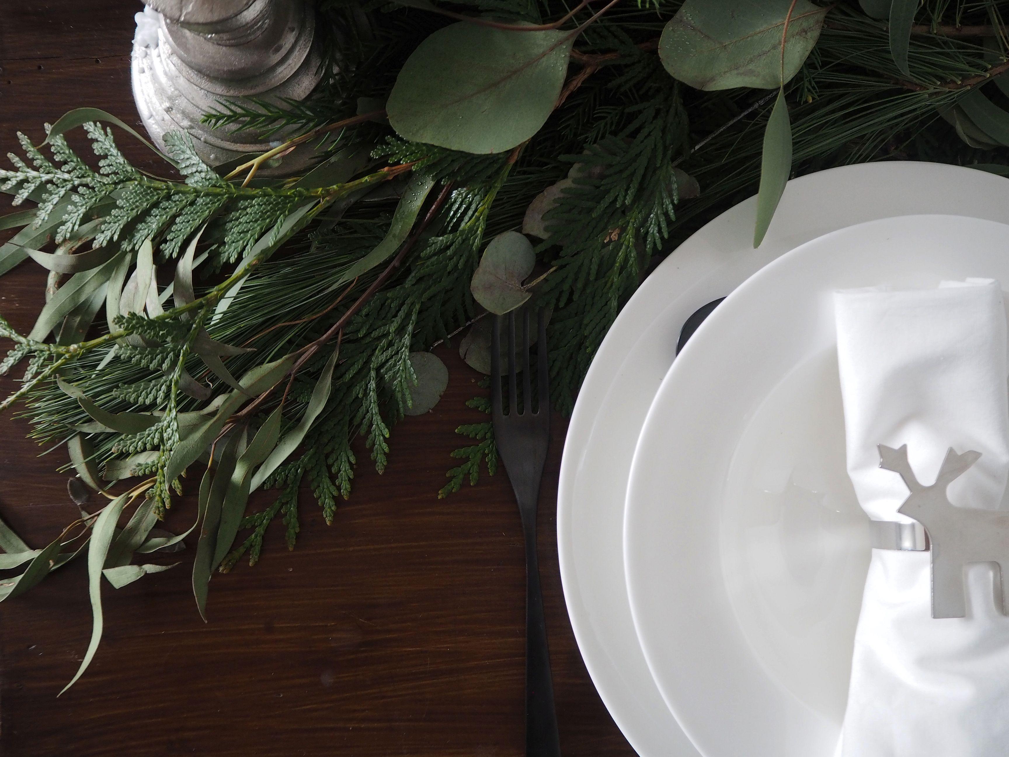 2017-12-skoen-och-kreativ-tischdeko-interior-schlichtes-skandinavisches-tablesetting-weihnachten (3 (12)