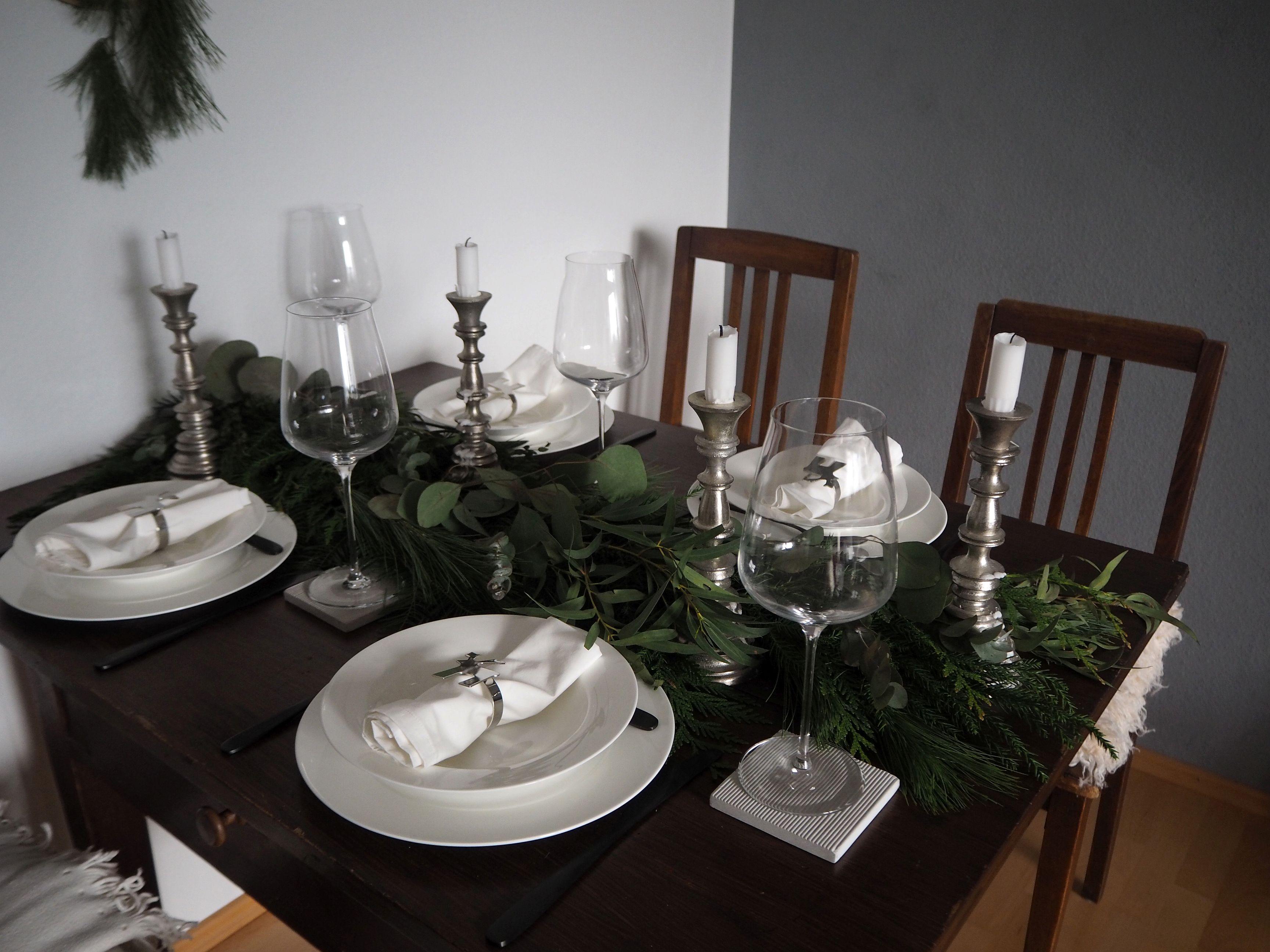 2017-12-skoen-och-kreativ-tischdeko-interior-schlichtes-skandinavisches-tablesetting-weihnachten (3)