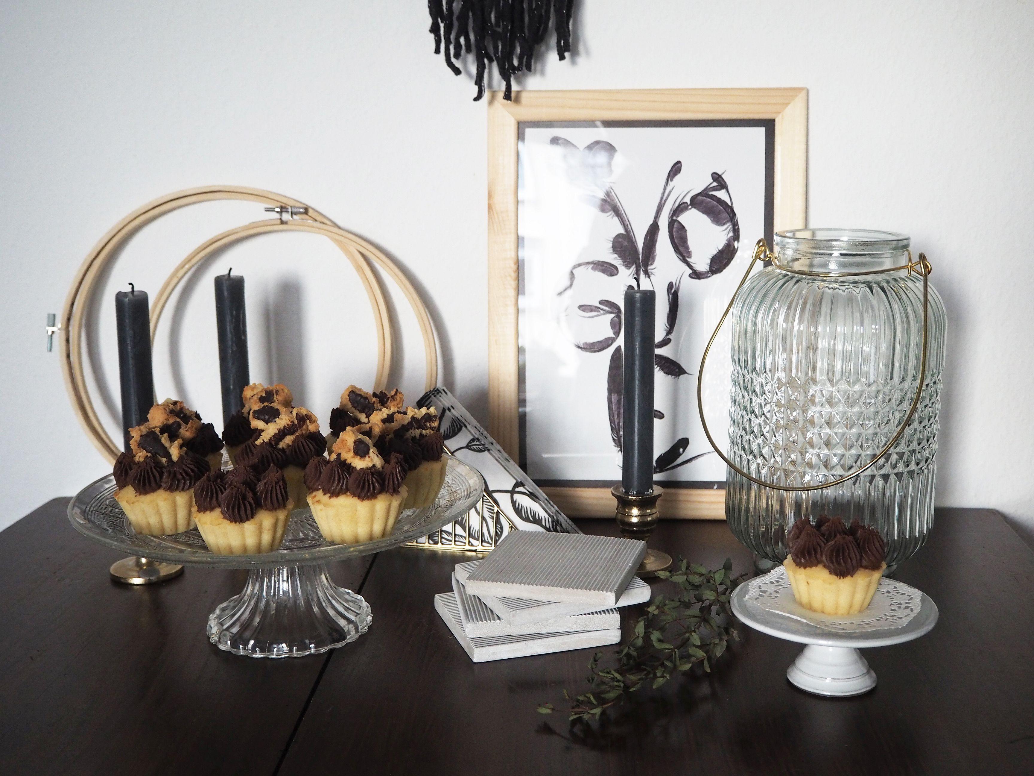 2018-01-skoen-och-kreativ-food-cookies-cake-love-vanilla-chocolate-cupcakes (12)