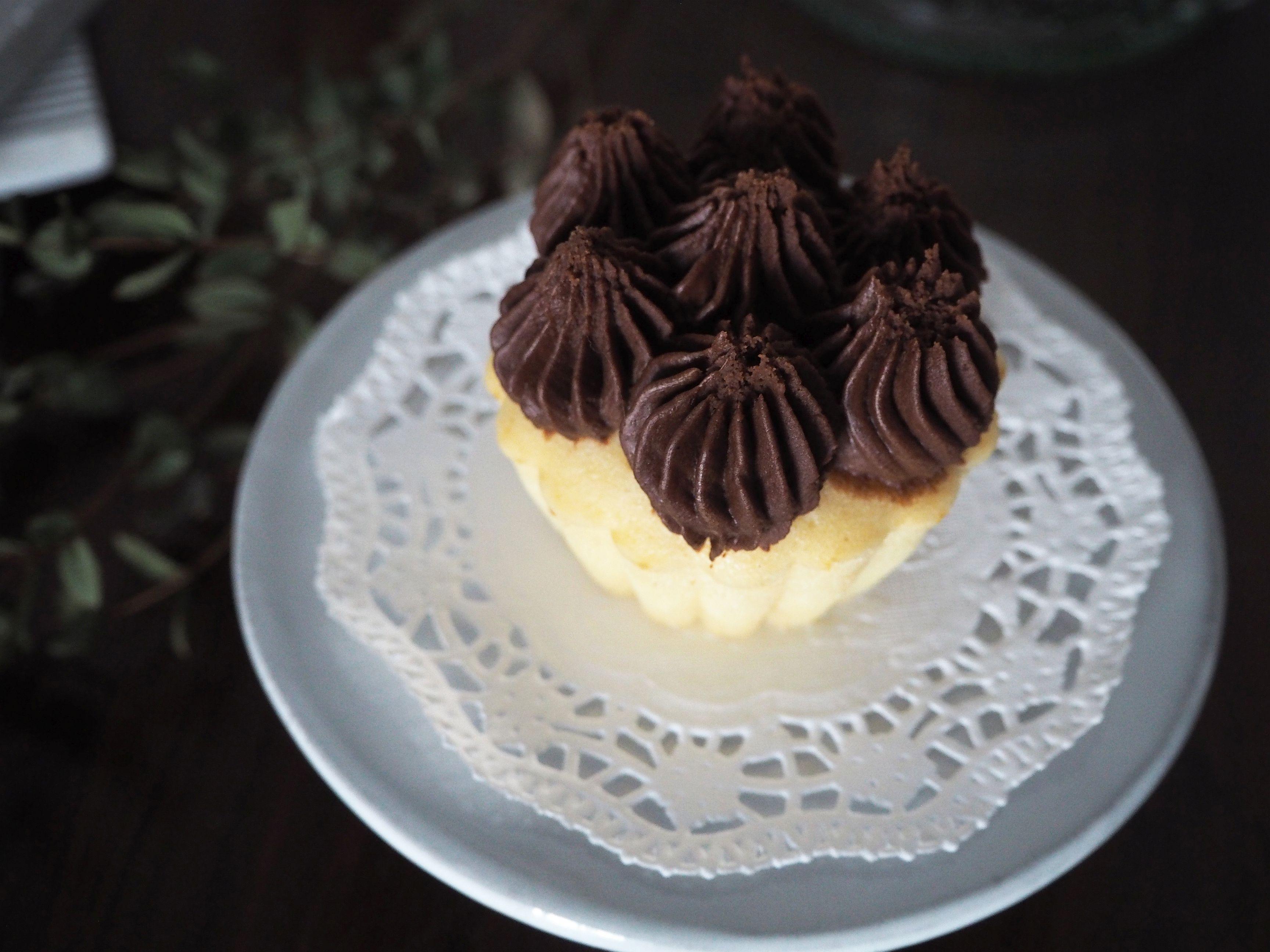 2018-01-skoen-och-kreativ-food-cookies-cake-love-vanilla-chocolate-cupcakes (6)