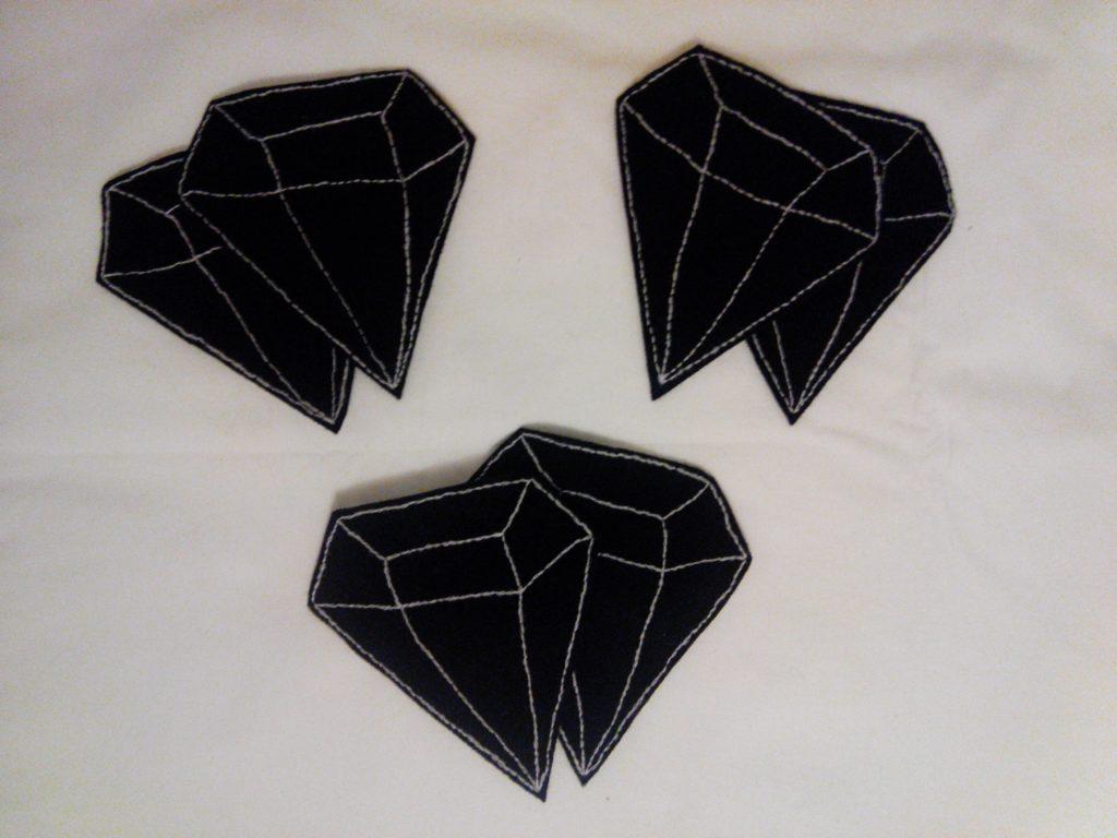 2016-12-skoen-och-kreativ-adventskalender-diy-untersetzer-filz-diamanten-3