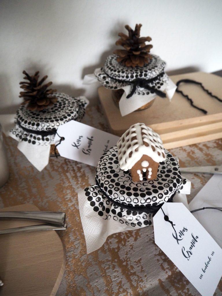 2016-12-skoen-och-kreativ-adventskalender-xmas-in-a-jar-22-xmas-granola-10