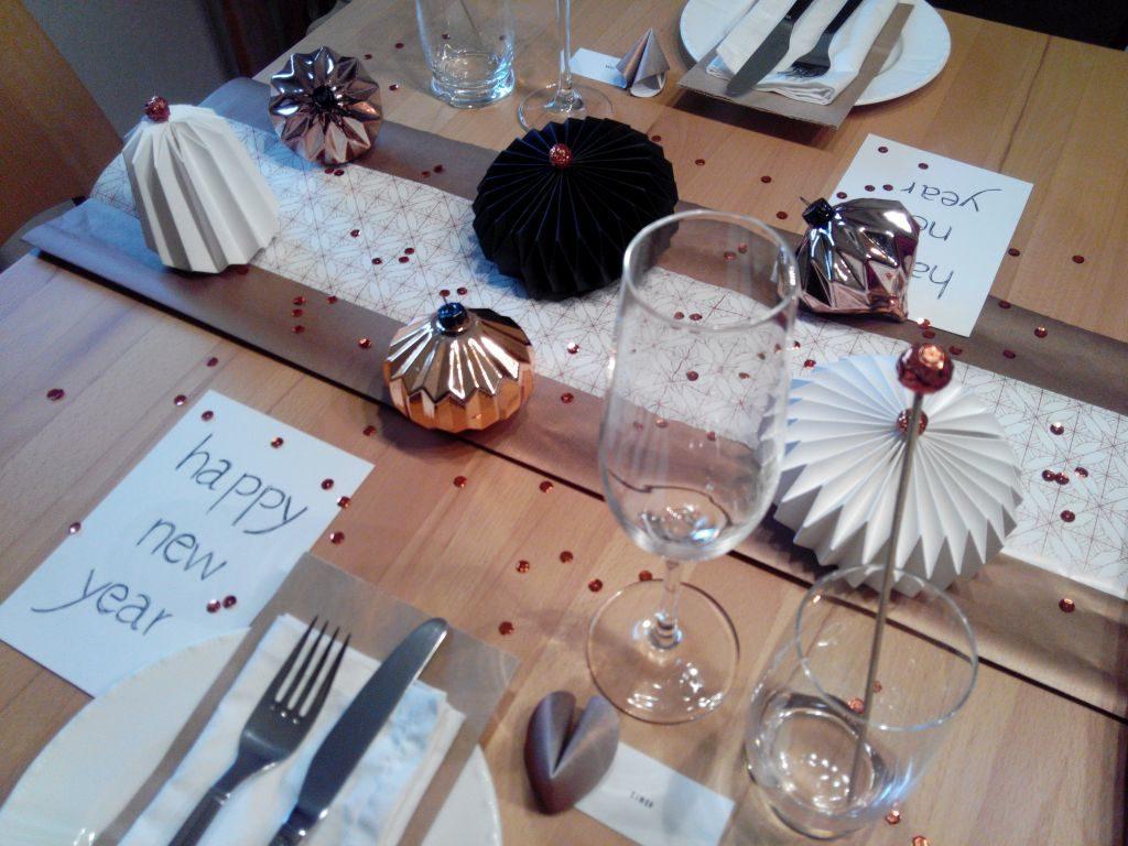 2016-12-skoen-och-kreativ-table-setting-tischdeko-glamourous-silvester-11