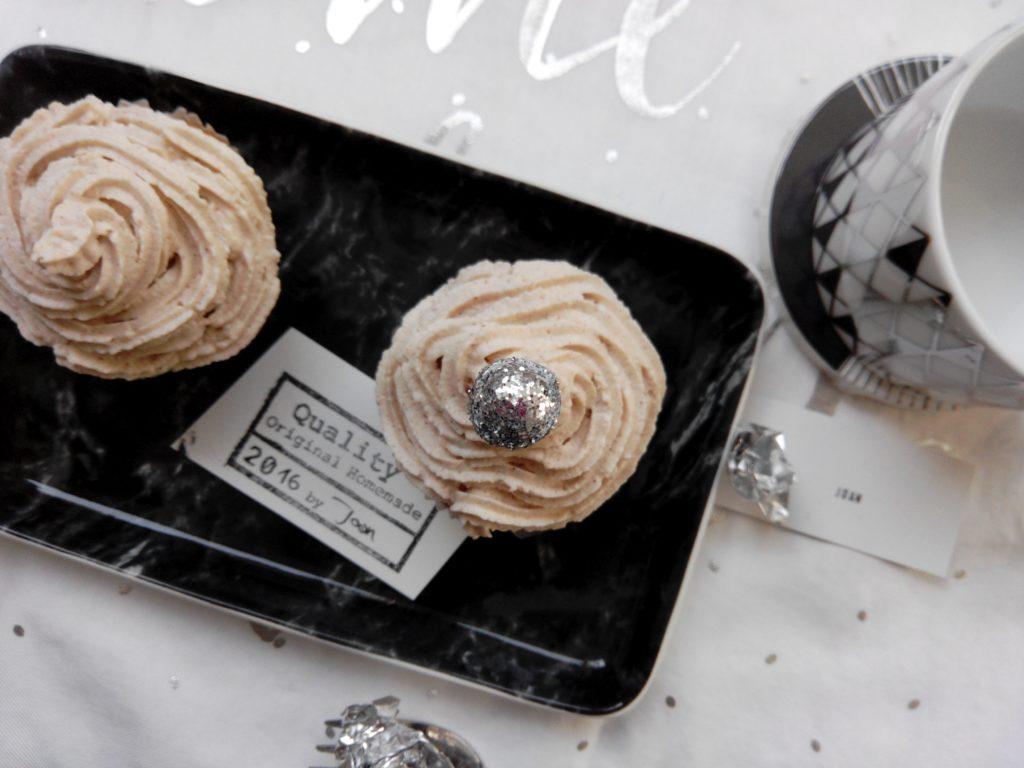 2017-01-skoen-och-kreativ-winter-cupcakes-apfel-zimt-4
