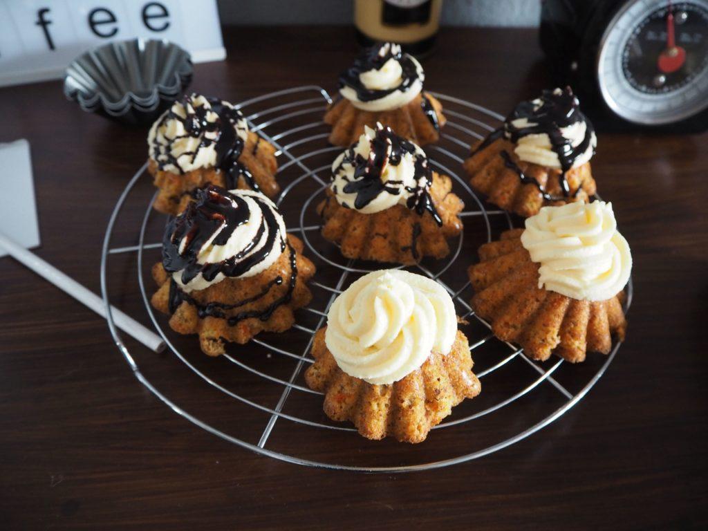 2017-04-skoen-och-kreativ-osterfreude-ruebli-cupcakes-eierlikoer-frosting (7)