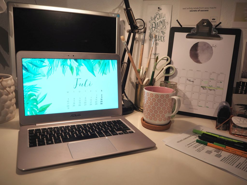 2017-07-design-grafikdesign-free-wallpaper-juli (2)