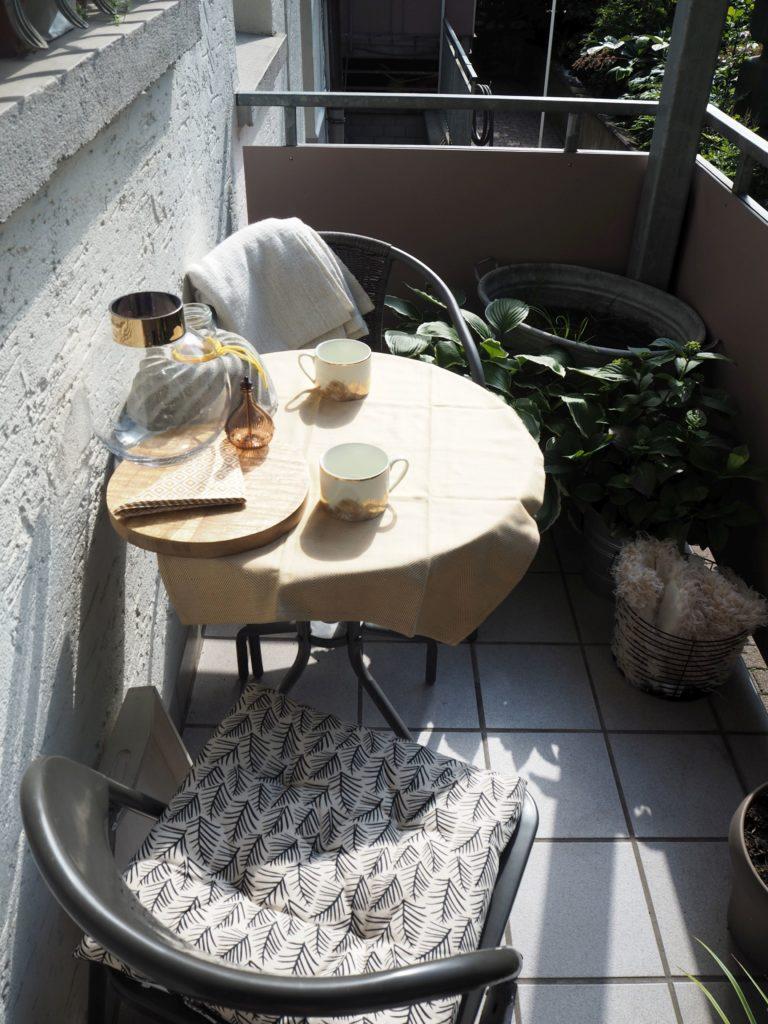 2017-07-skoen-och-kreativ-balkondeko-sommer-sonne-sonnenschein (7)