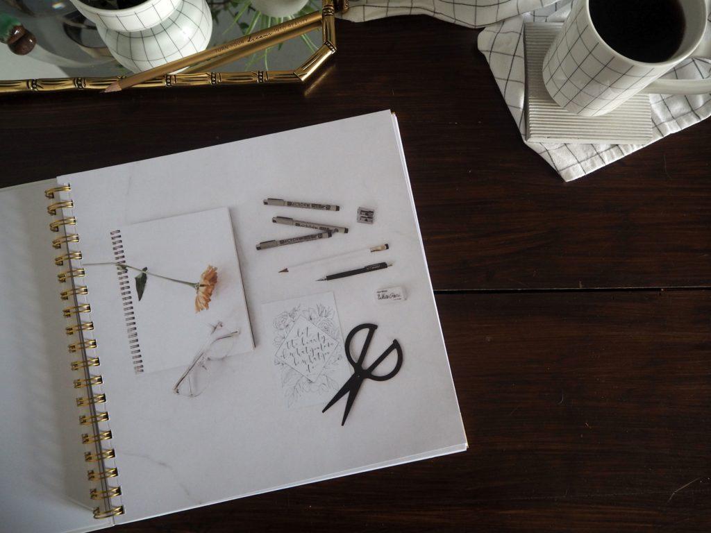 2017-09-skoen-och-kreativ-sonntagslektuere-rezension-september-how-to-draw-modern-florals (4)