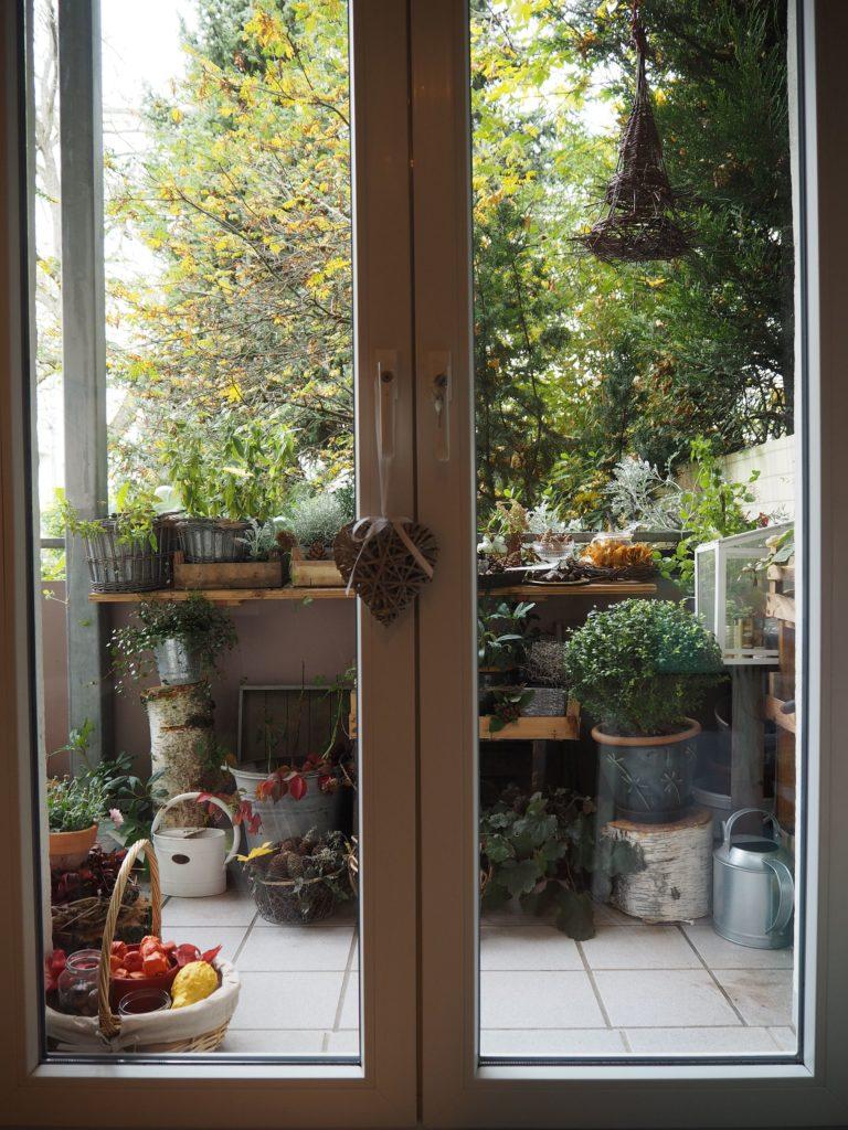 2017-10-skoen-och-kreativ-deko-balkon-herbst-update (1)
