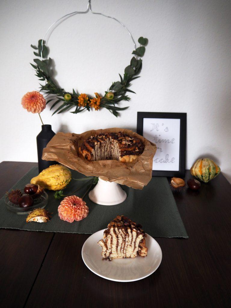 2017-10-skoen-och-kreativ-food-hefe-haselnuss-spirale-herbst-hefegebaeck (5)