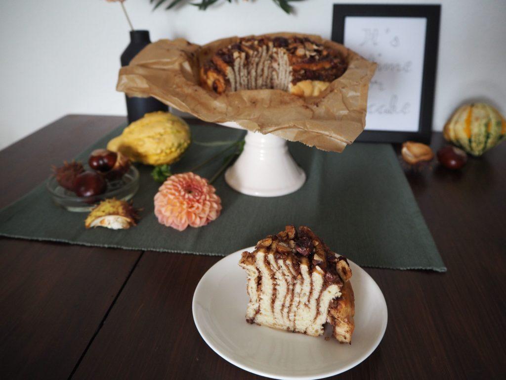 2017-10-skoen-och-kreativ-food-hefe-haselnuss-spirale-herbst-hefegebaeck (6)