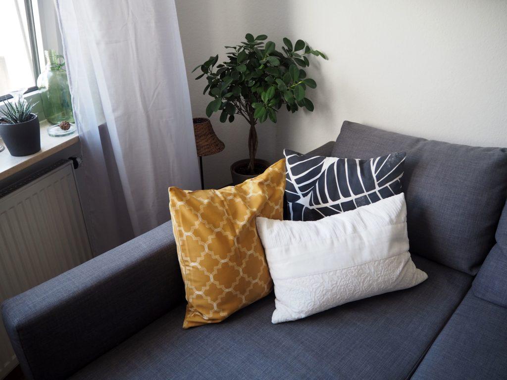 2017-10-skoen-och-kreativ-interior-wohnzimmer-mexican-summer-goldgelber-herbst (10)