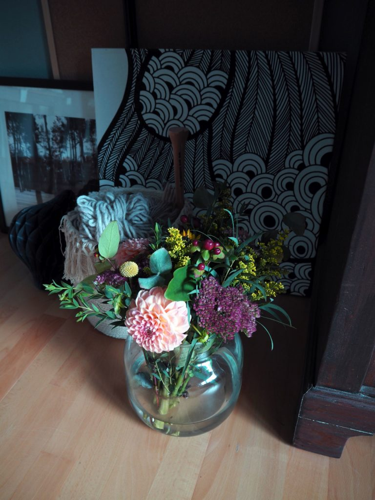 2017-11-skoen-och-kreativ-diy-herbstliche-flower-bouquets (16)
