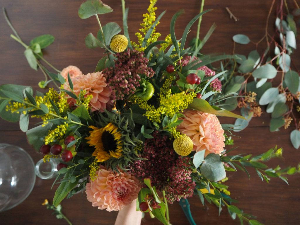 2017-11-skoen-och-kreativ-diy-herbstliche-flower-bouquets (6)