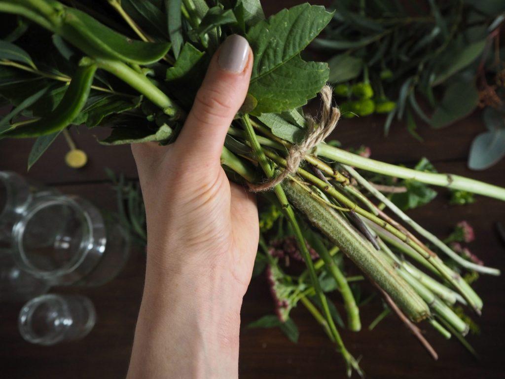 2017-11-skoen-och-kreativ-diy-herbstliche-flower-bouquets (7)