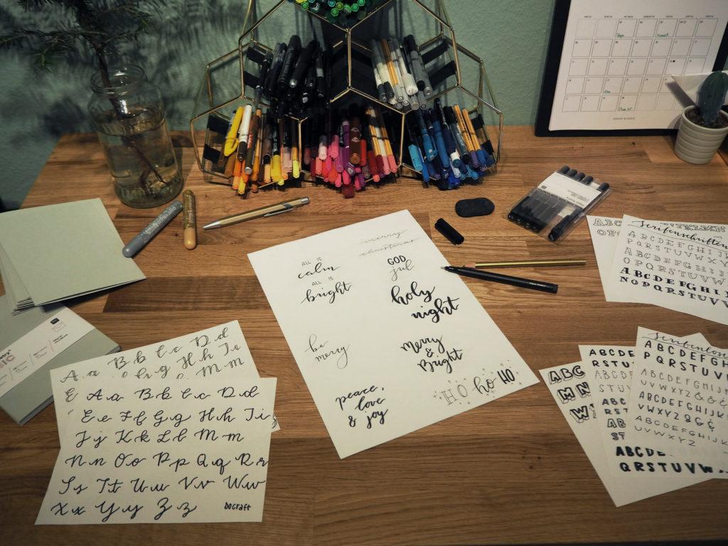 2017-11-skoen-och-kreativ-diy-wrapping-wednesday-lettering-fuer-weihnachtskarten (7)