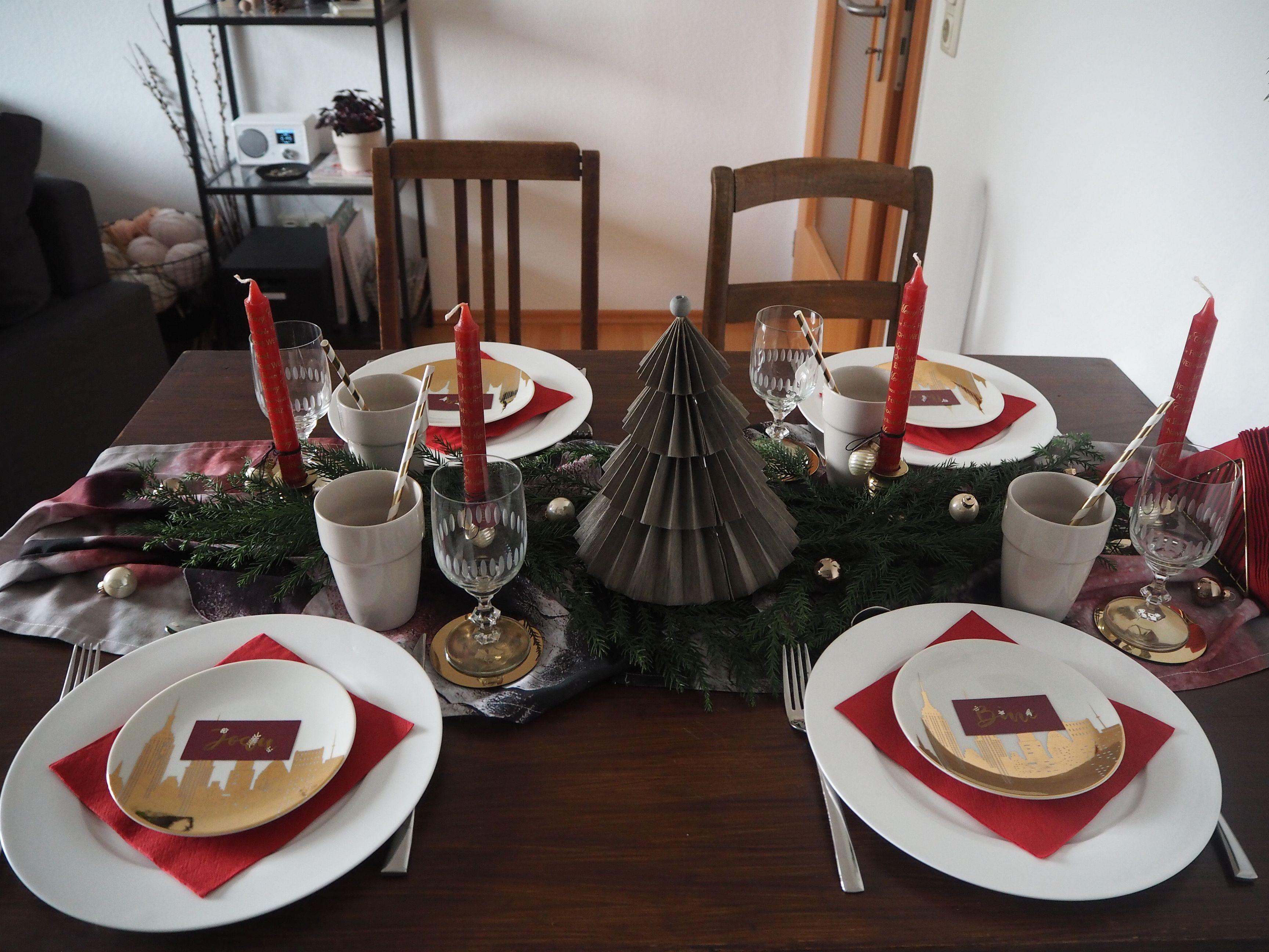 2017-12-skoen-och-kreativ-interior-tischdeko-klassisch-rot-weihnachtstisch (13)