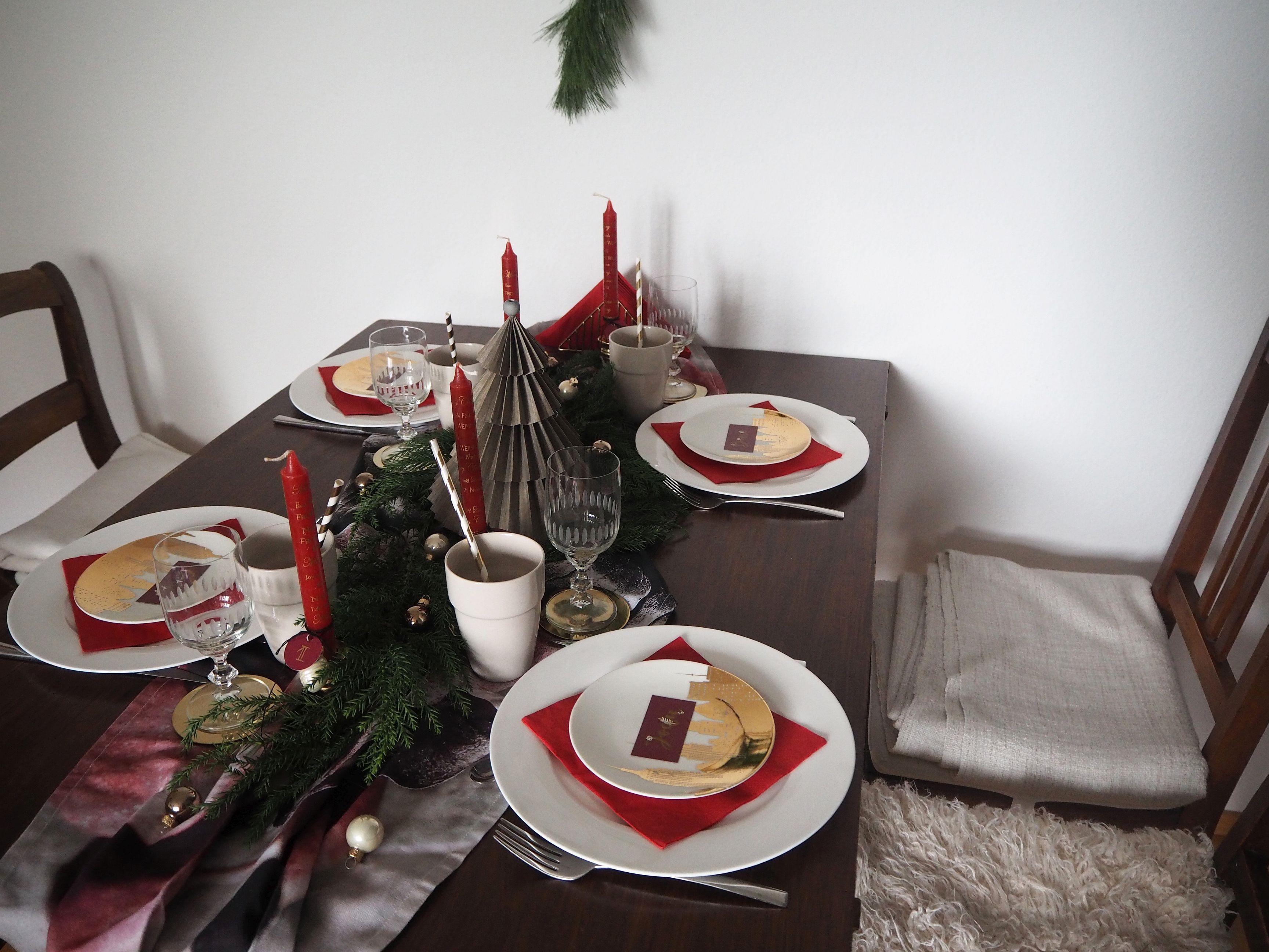 2017-12-skoen-och-kreativ-interior-tischdeko-klassisch-rot-weihnachtstisch (14)