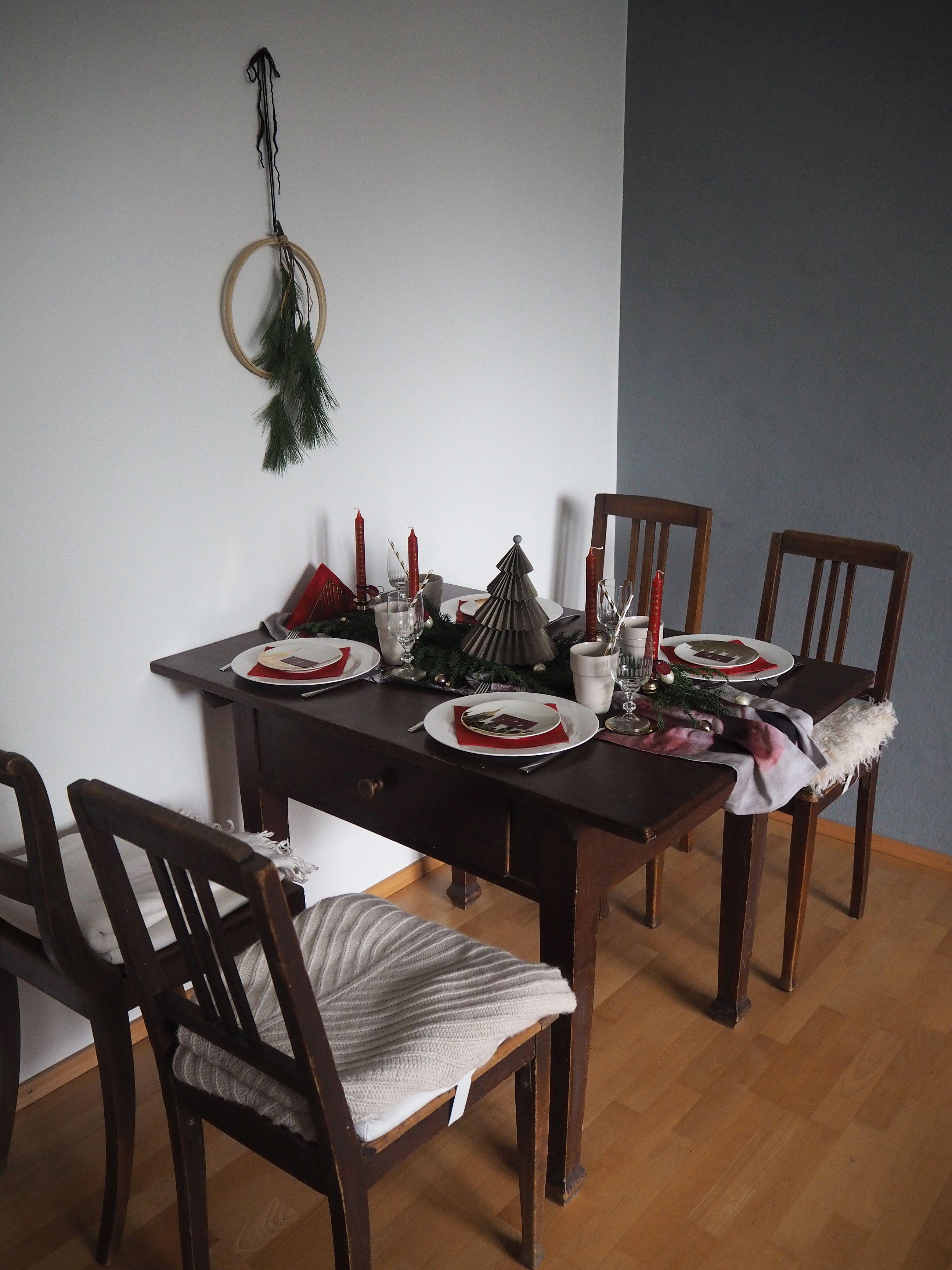 2017-12-skoen-och-kreativ-interior-tischdeko-klassisch-rot-weihnachtstisch (2)
