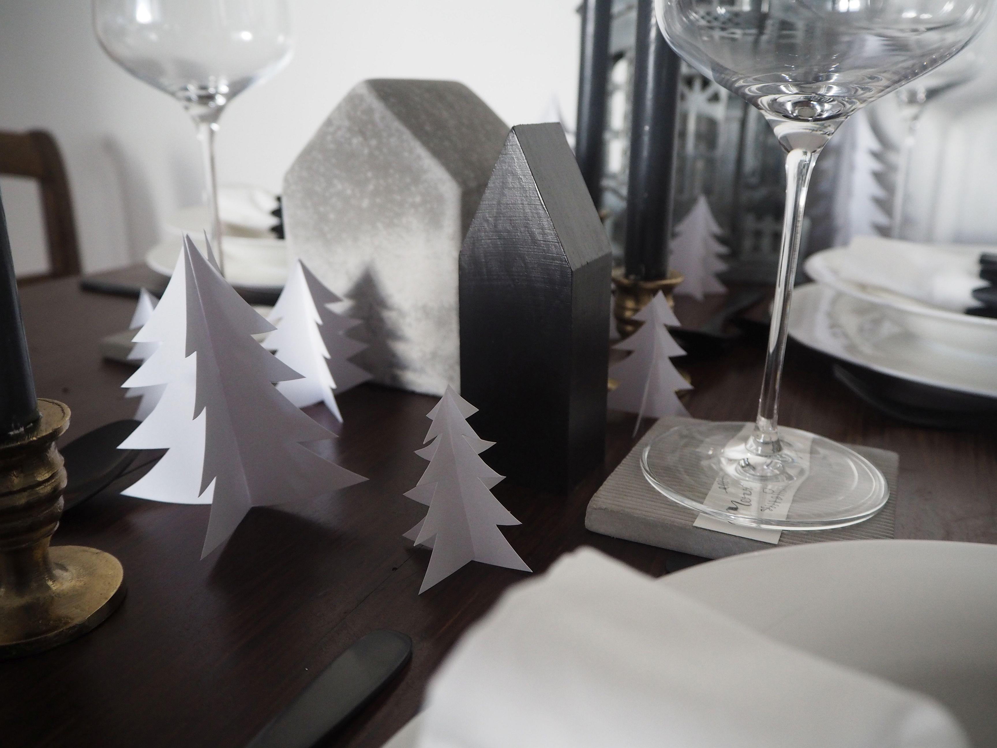 2017-12-skoen-och-kreativ-interior-tischdeko-weihnachtliche-winterlandschaft-tisch-grau (10)