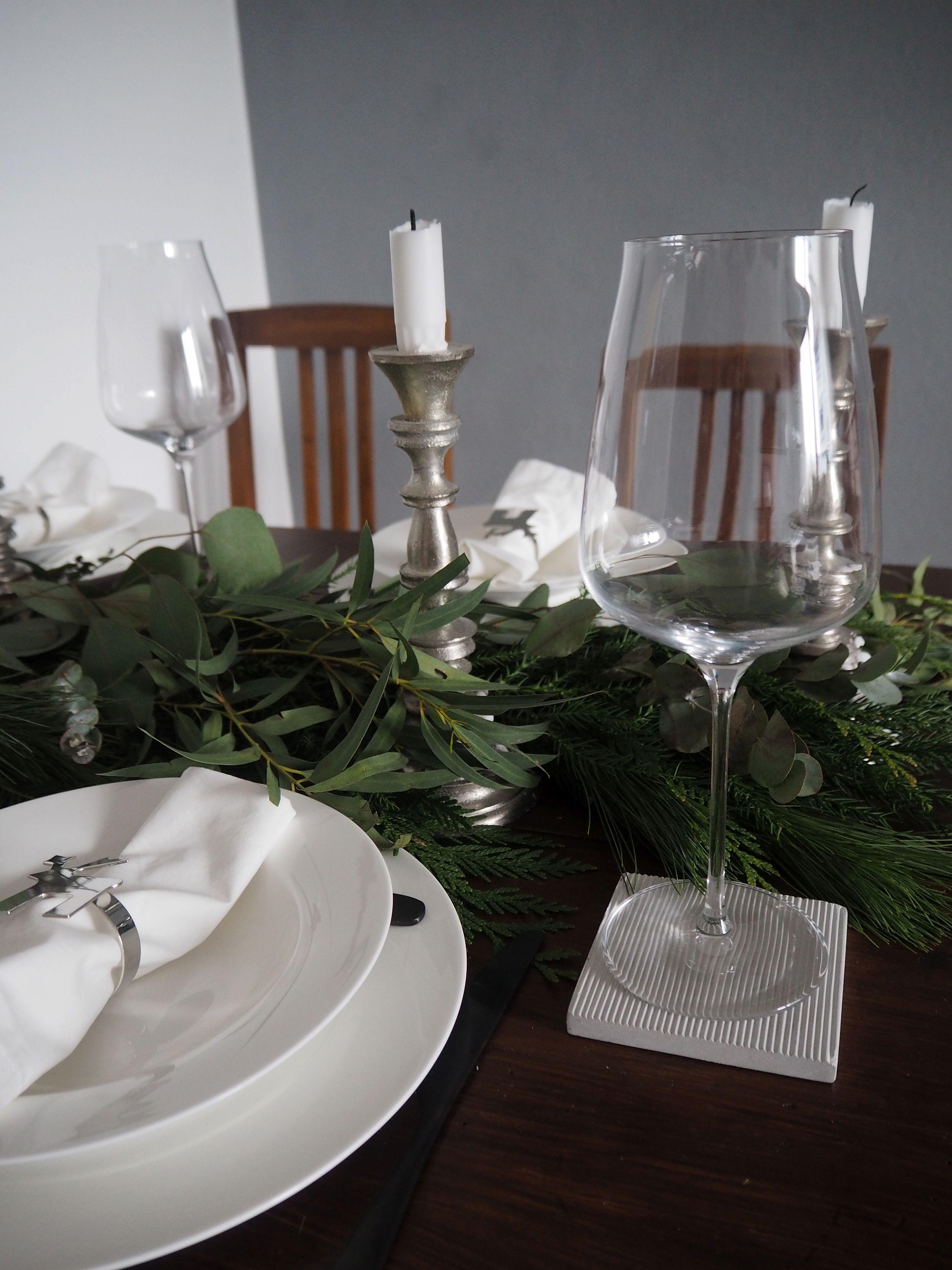 2017-12-skoen-och-kreativ-tischdeko-interior-schlichtes-skandinavisches-tablesetting-weihnachten (3 (9)