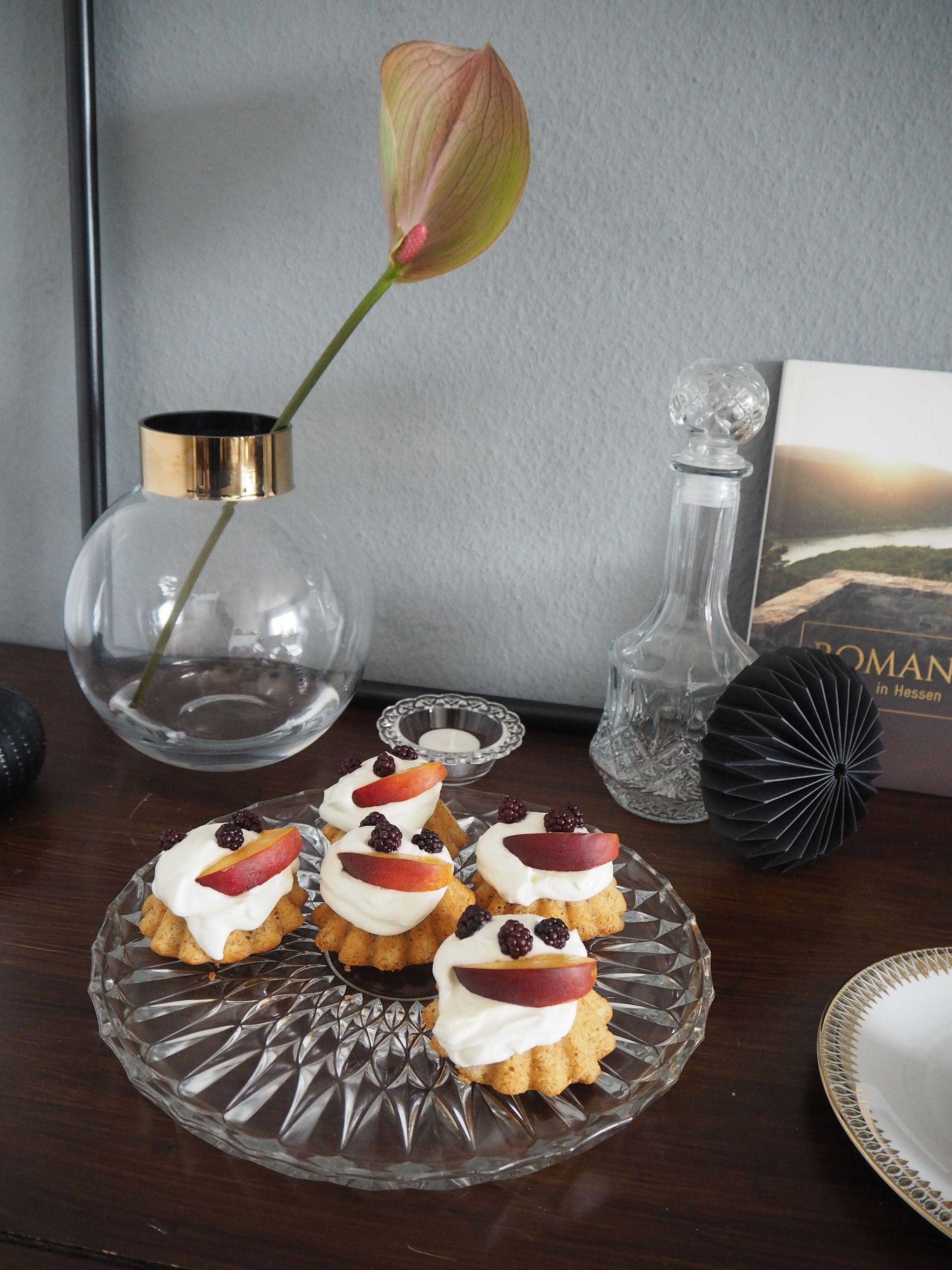 2018-04-skoen-och-kreativ-food-mandel-nuss-cupcakes (2)