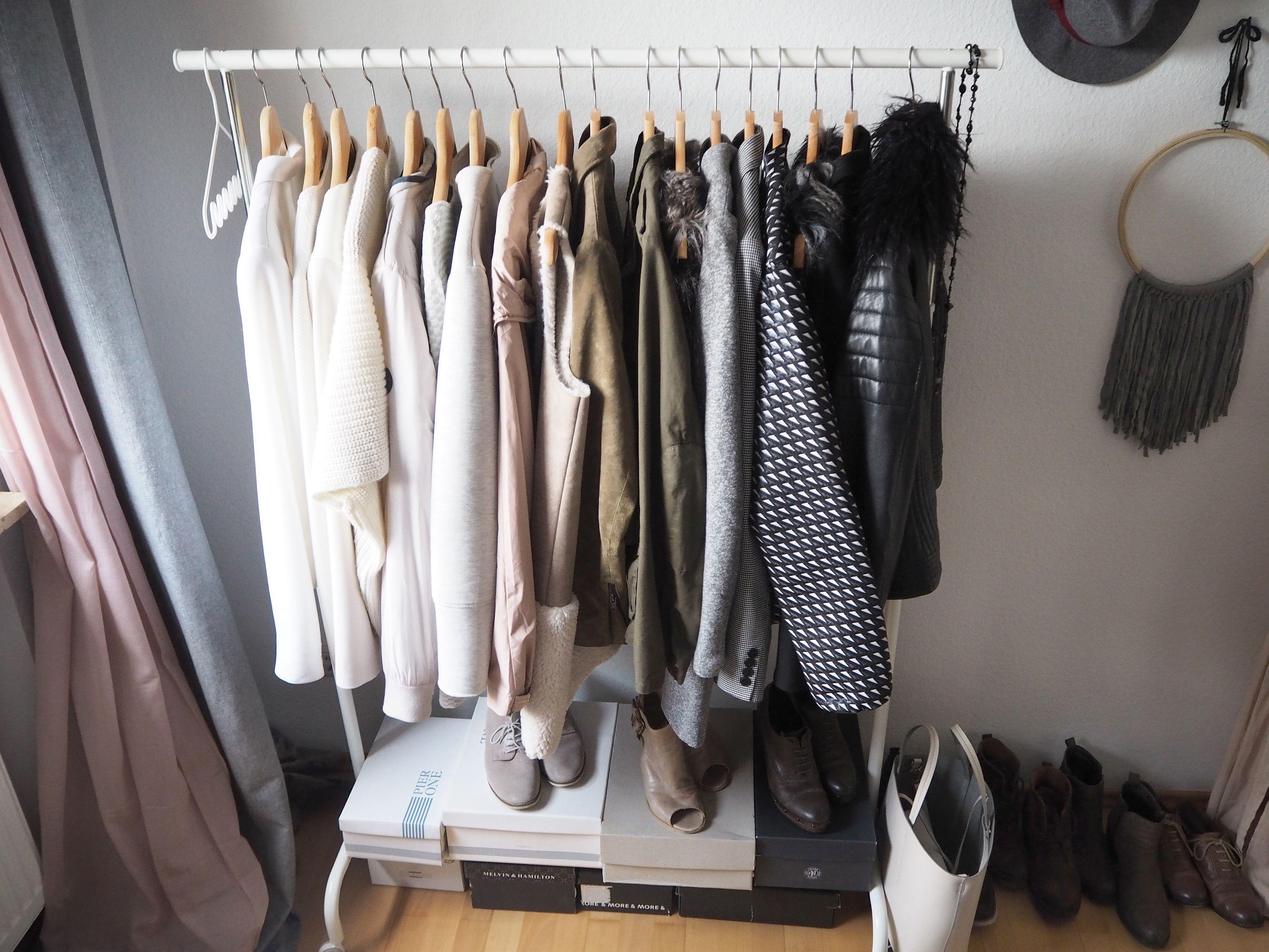 2018-04-skoen-och-kreativ-interior-farben-fuers-schlafzimmer-zartes-rose-und-gelb (38)