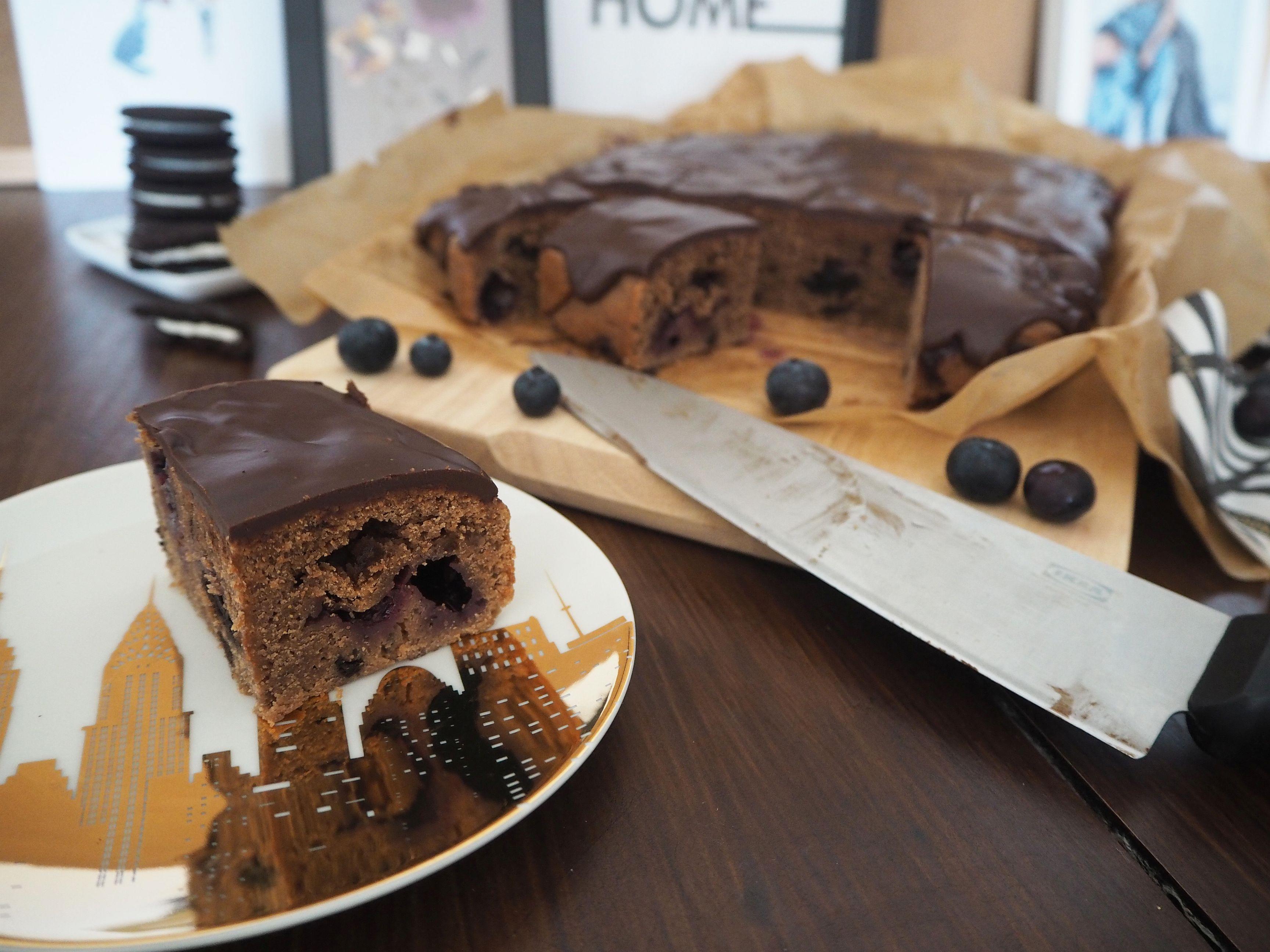 2018-05-skoen-och-kreativ-food-oreo-brownie-mit-blaubeeren (2)