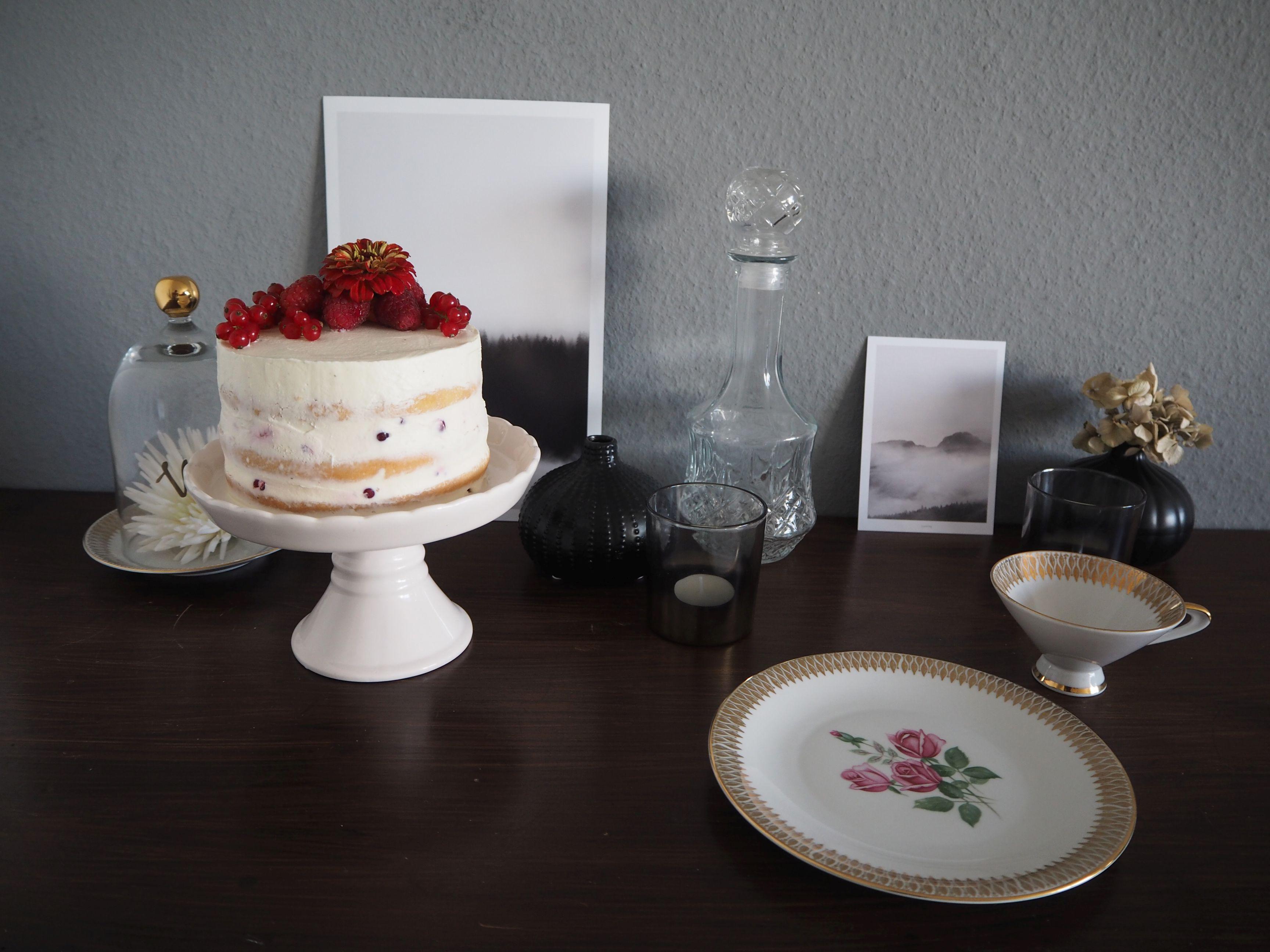 2018-05-skoen-och-kreativ-foodberry-semi-naked-cake-beeren-torte-zum-muttertag (1)