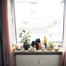2018-05-skoen-och-kreativ-interior-schlafzimmer-deko-fuer-die-fensterbank (1)