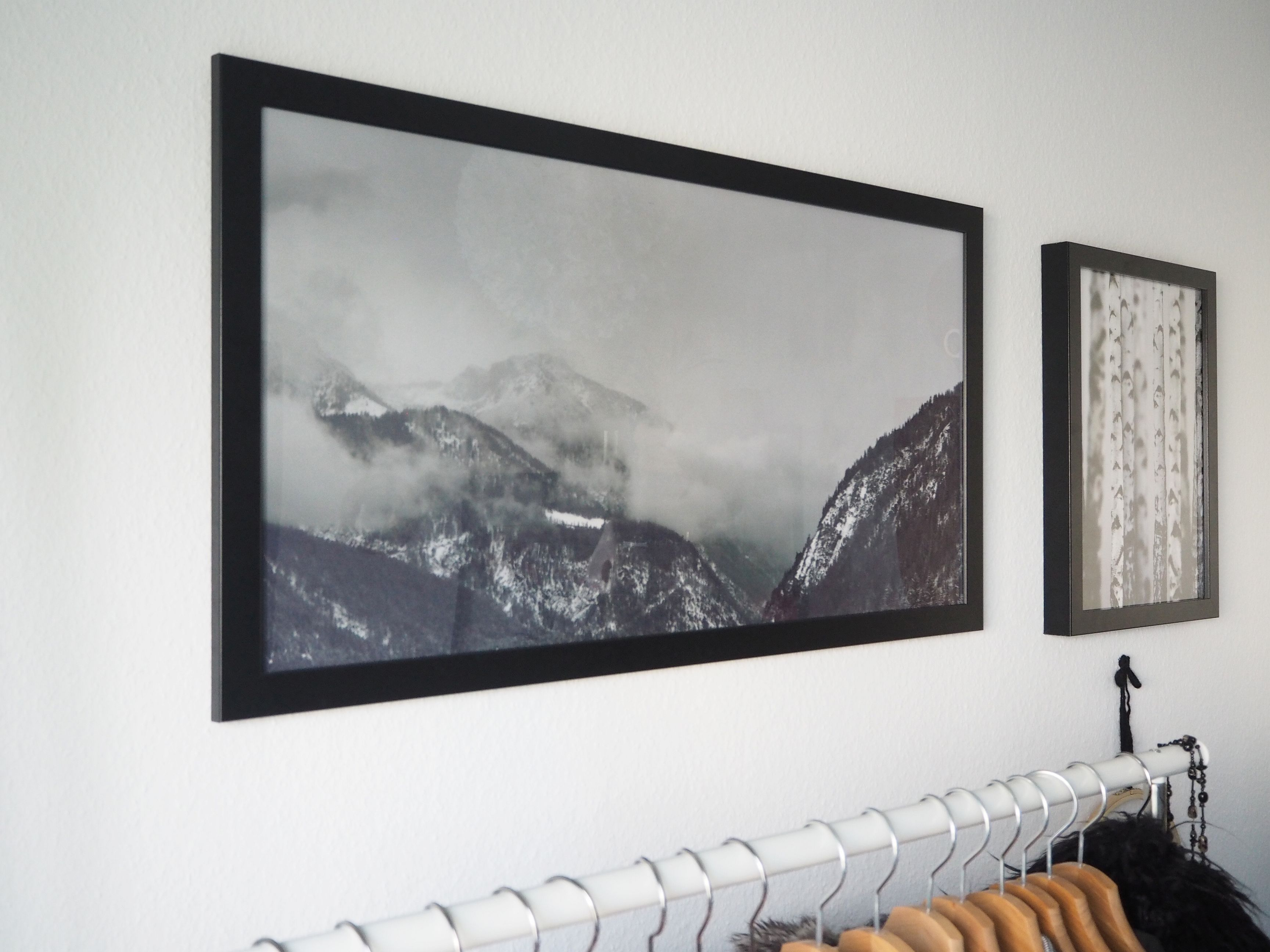 2018-06-skoen-och-kreativ-interior-schlafzimmer-wandgestaltung-pixers-gruen (19)