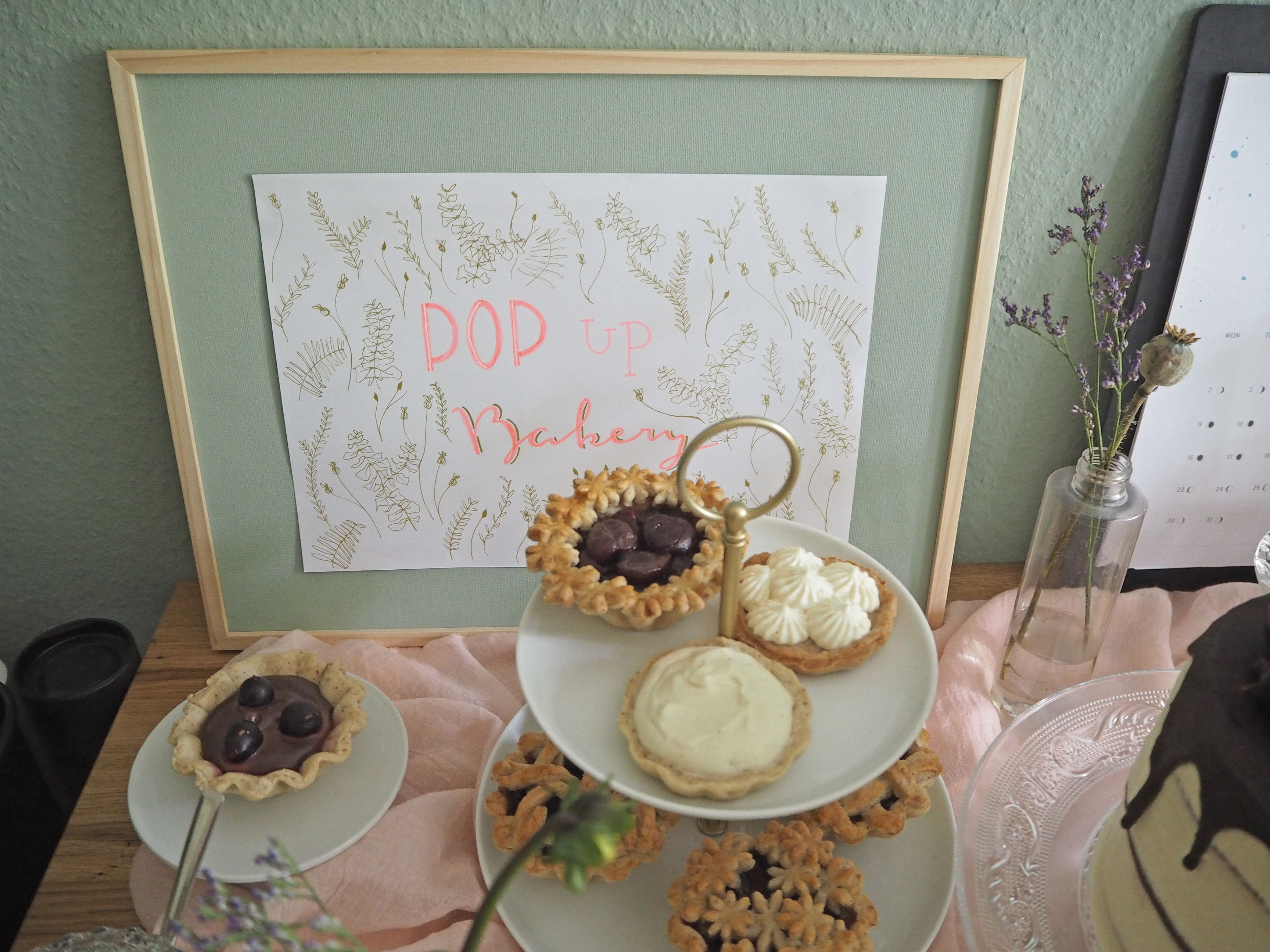 2018-07-skoen-och-kreativ-deko-sommerparty-party-deko-kuchen-sweet-table-diy-balkon (4)