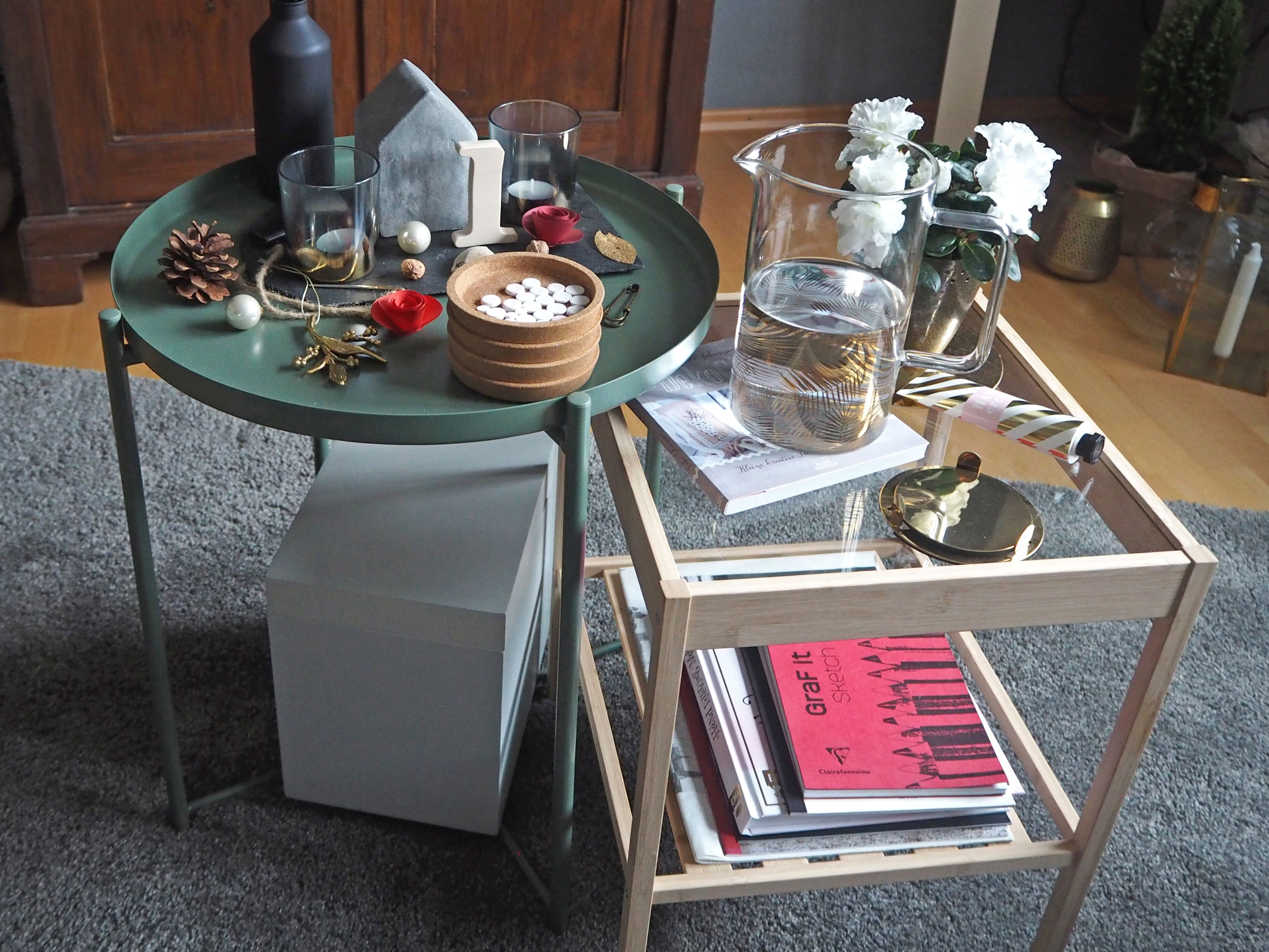 2018-skoen-och-kreativ-interior-god-jul-klassisches-rot-fuer-weihnachten-wohnzimmer (11)